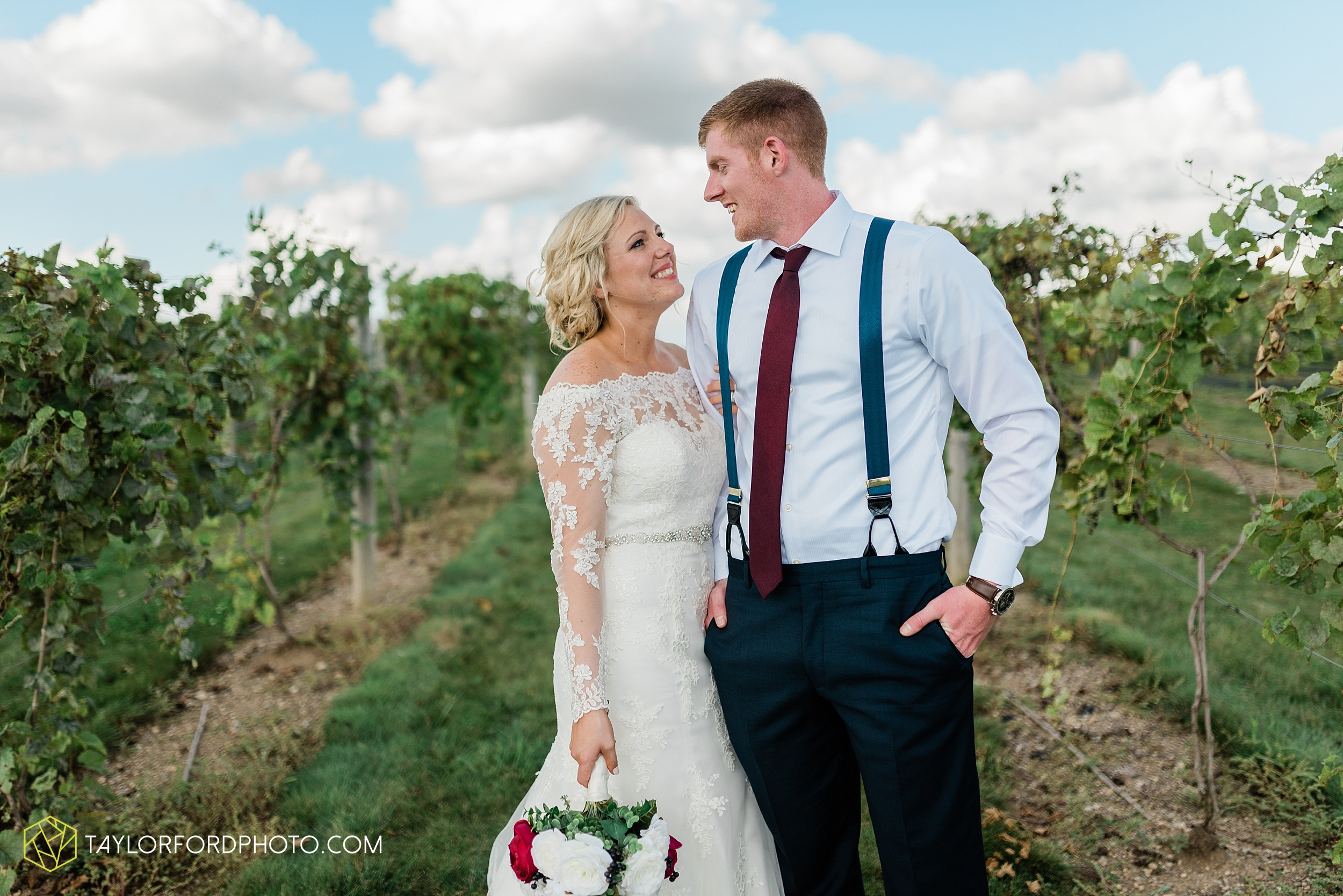 gayle-rayman-mike-steele-ottoville-ohio-wedding-immaculate-conception-parish-center-wedding-sycamore-lake-winery-wannamachers-photographer-taylor-ford-photography_0414.jpg