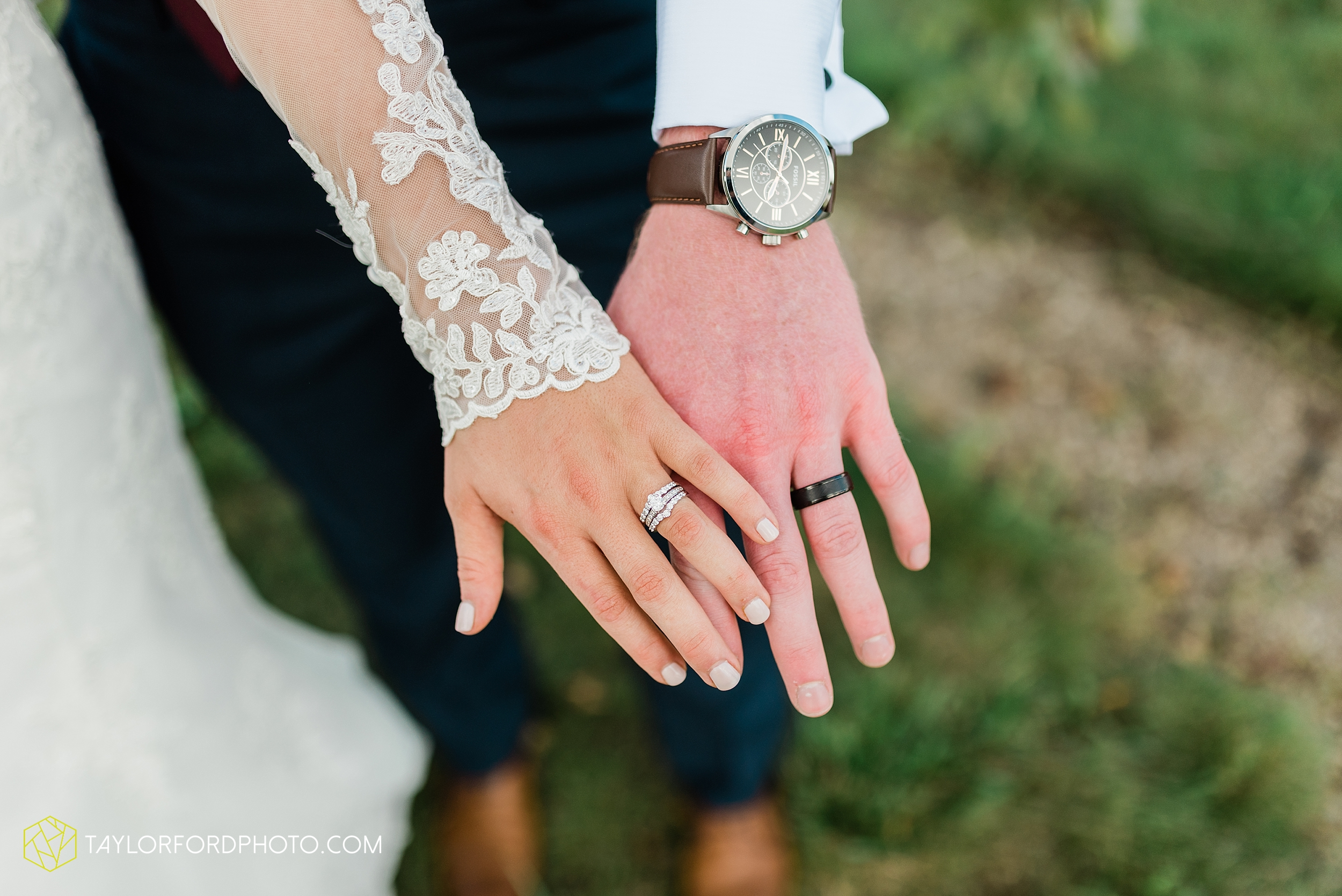 gayle-rayman-mike-steele-ottoville-ohio-wedding-immaculate-conception-parish-center-wedding-sycamore-lake-winery-wannamachers-photographer-taylor-ford-photography_0415.jpg