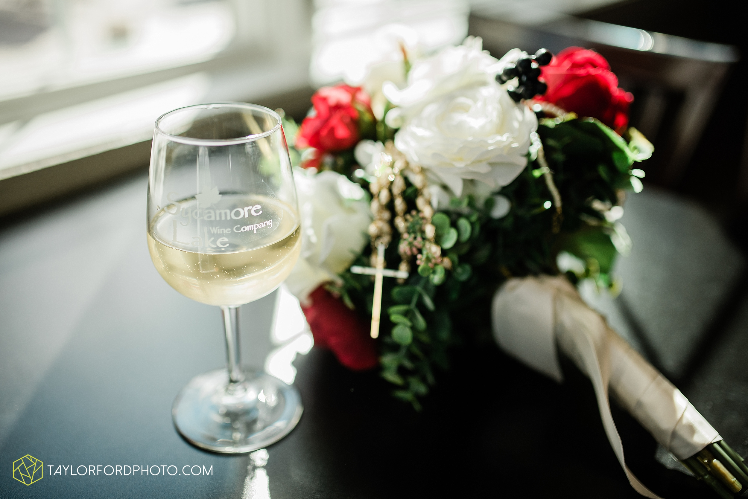 gayle-rayman-mike-steele-ottoville-ohio-wedding-immaculate-conception-parish-center-wedding-sycamore-lake-winery-wannamachers-photographer-taylor-ford-photography_0420.jpg