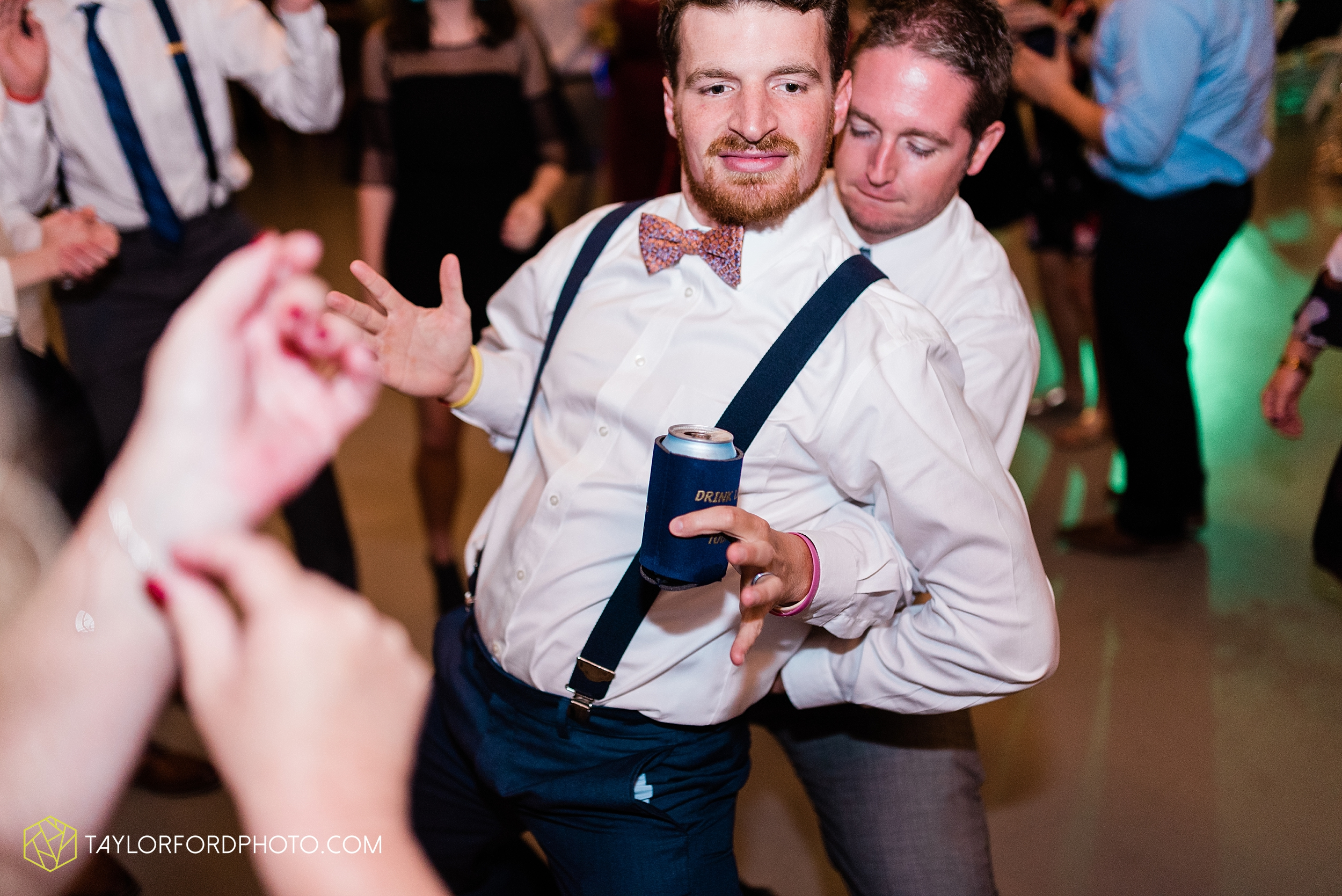 gayle-rayman-mike-steele-ottoville-ohio-wedding-immaculate-conception-parish-center-wedding-sycamore-lake-winery-wannamachers-photographer-taylor-ford-photography_0442.jpg