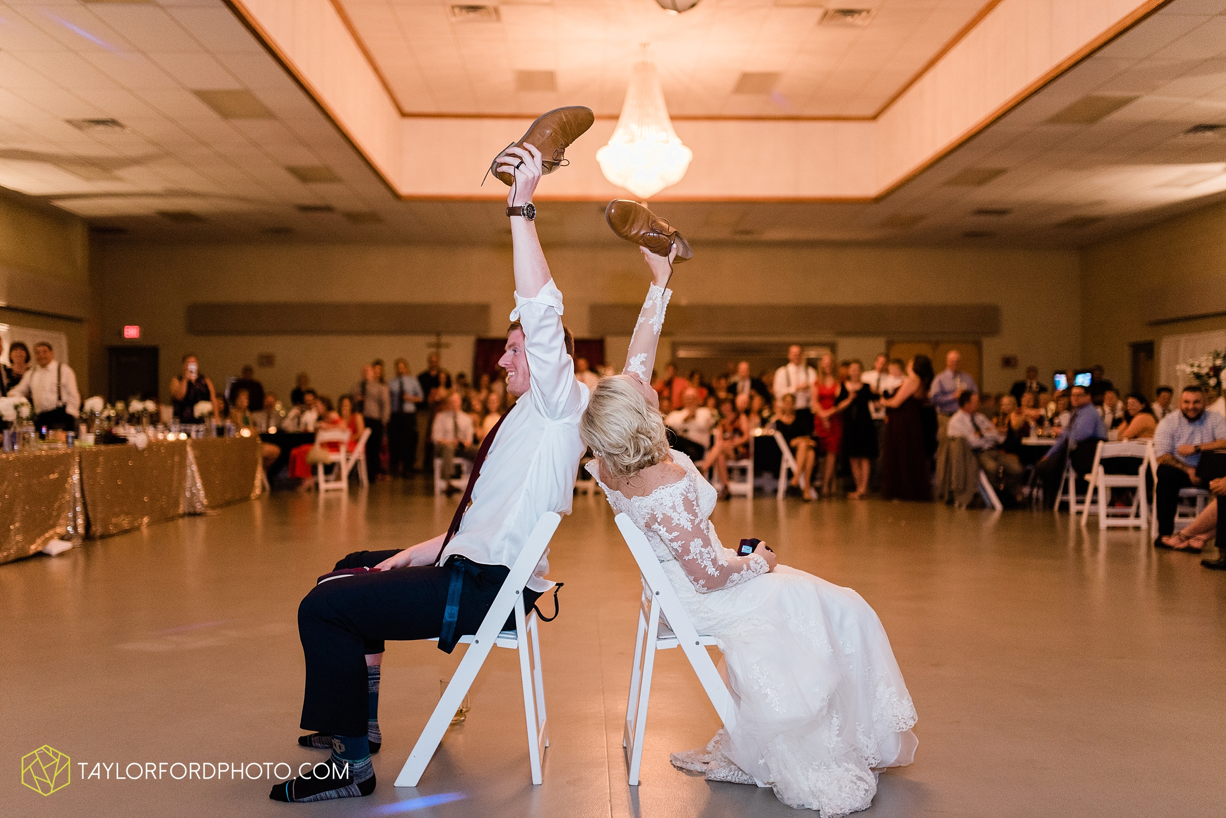 gayle-rayman-mike-steele-ottoville-ohio-wedding-immaculate-conception-parish-center-wedding-sycamore-lake-winery-wannamachers-photographer-taylor-ford-photography_0446.jpg
