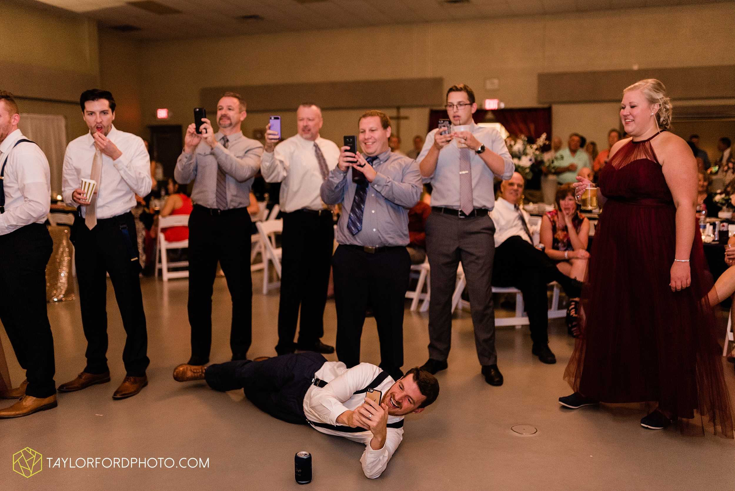 gayle-rayman-mike-steele-ottoville-ohio-wedding-immaculate-conception-parish-center-wedding-sycamore-lake-winery-wannamachers-photographer-taylor-ford-photography_0453.jpg
