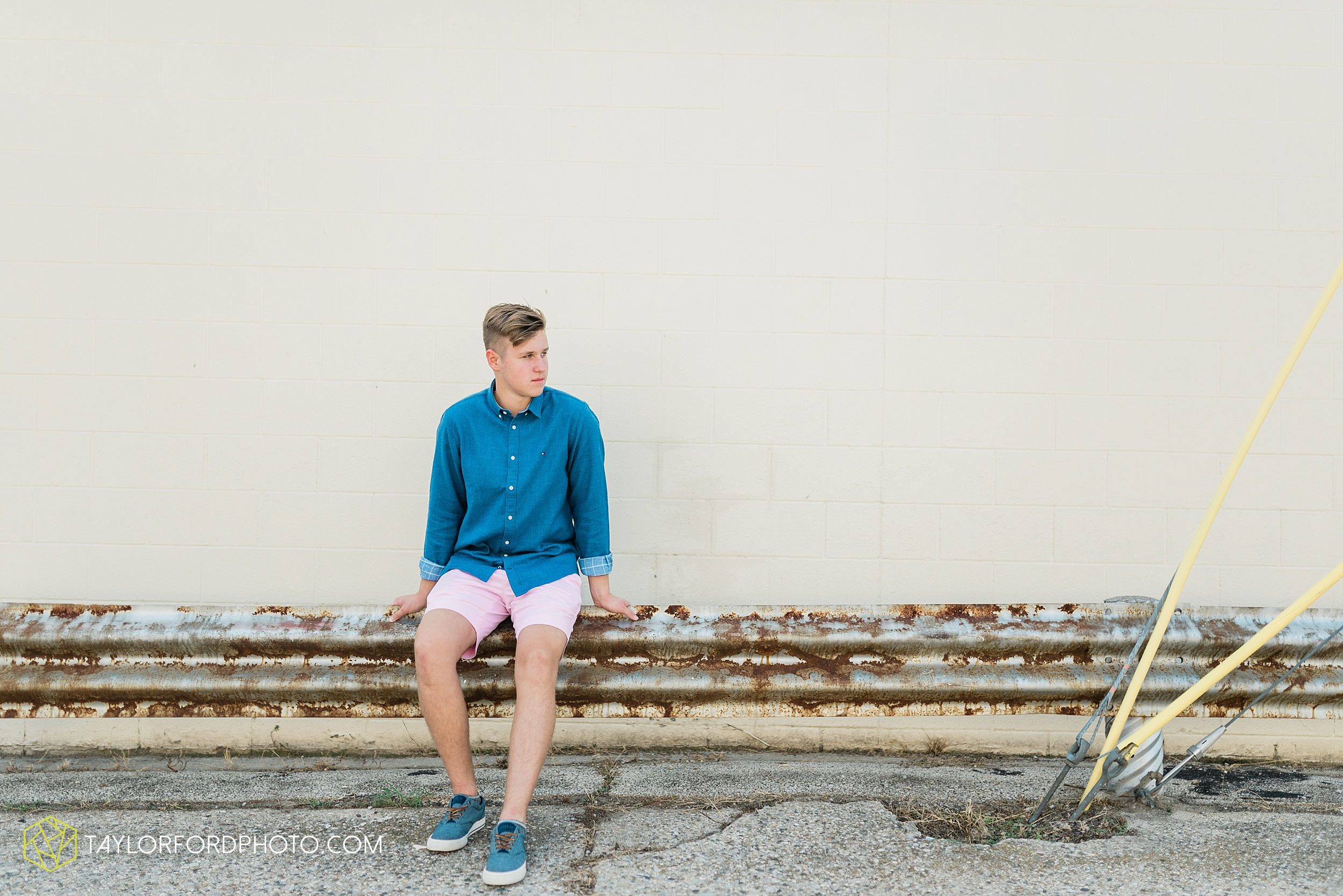alex-duffus-fort-wayne-indiana-senior-caroll-high-school-chargers-photographer-taylor-ford-photography_0461.jpg