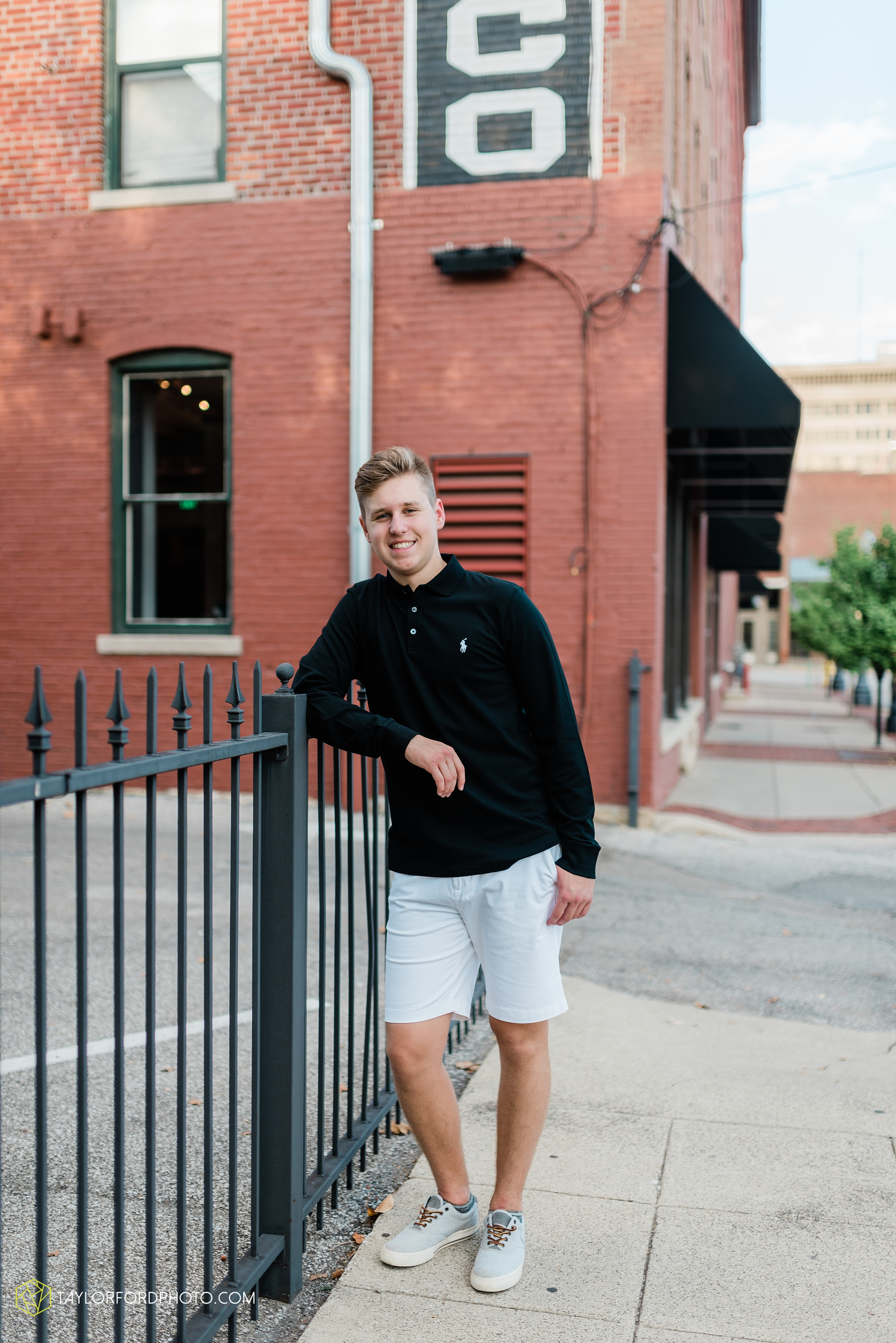 alex-duffus-fort-wayne-indiana-senior-caroll-high-school-chargers-photographer-taylor-ford-photography_0477.jpg