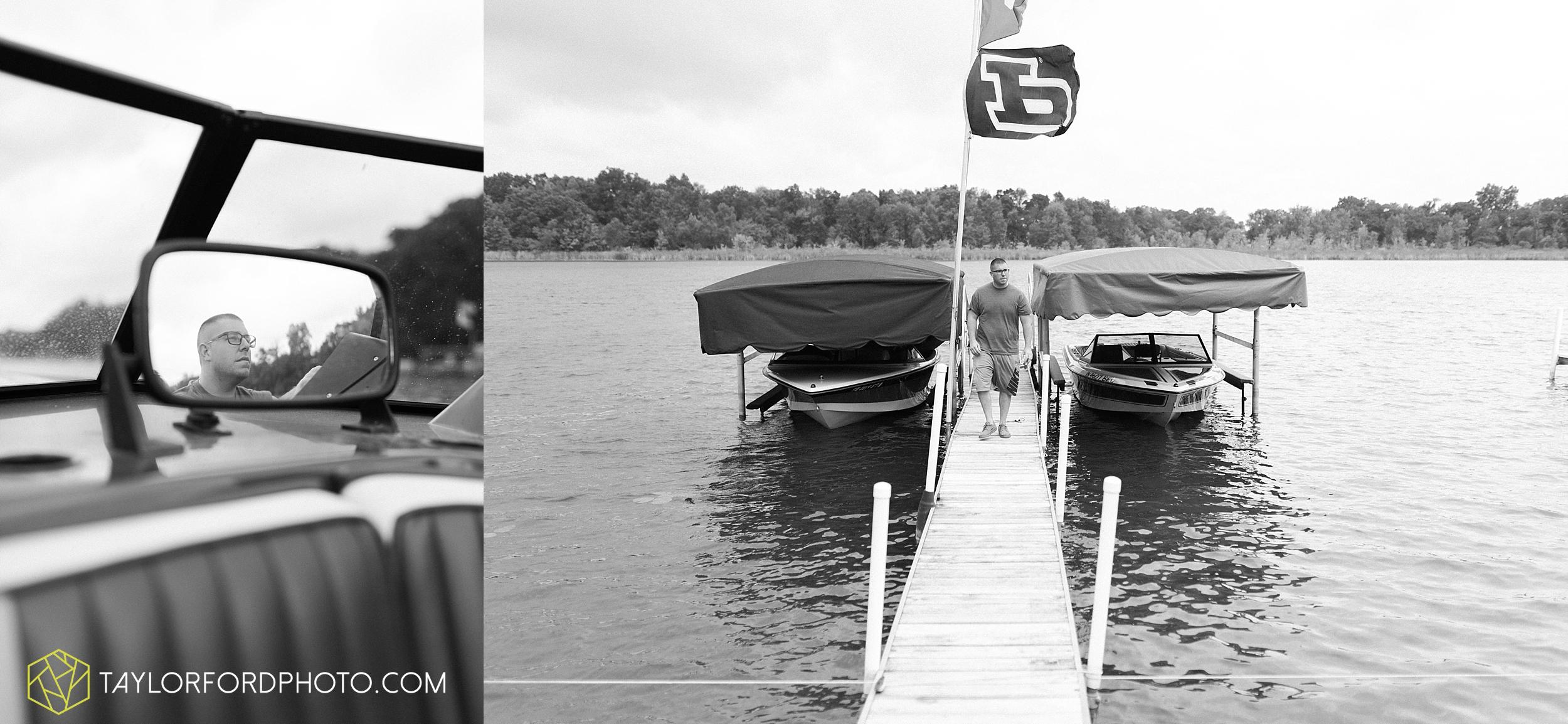 brook-loren-pokagon-state-park-angola-indiana-potowatomi-inn-wedding-fall-lake-james-photographer-taylor-ford-photography_0488.jpg
