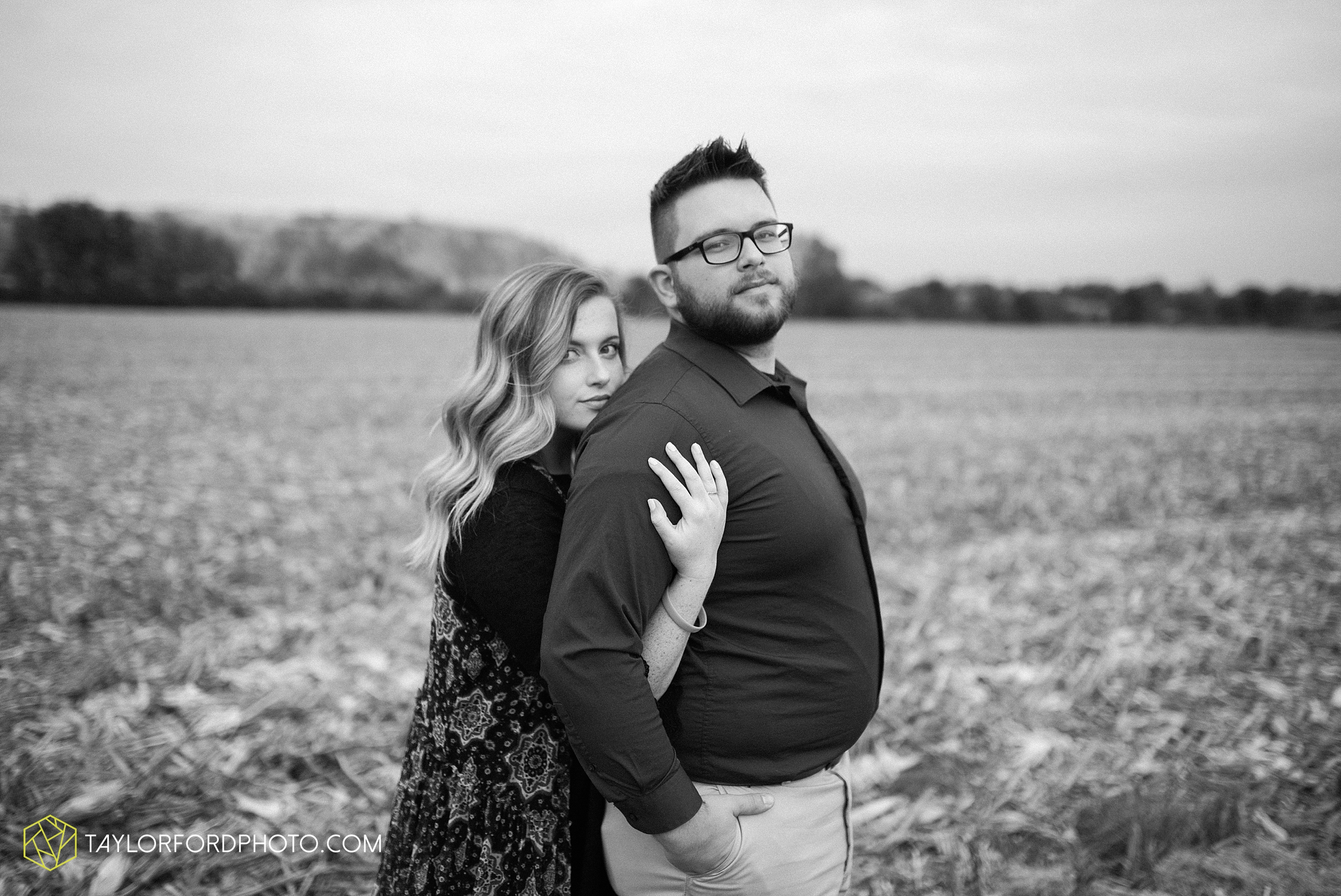 downtown-fort-wayne-engagement-foster-park-bravas-wunderkamer-fox-island-quarry-photographer-taylor-ford-photography_0973.jpg