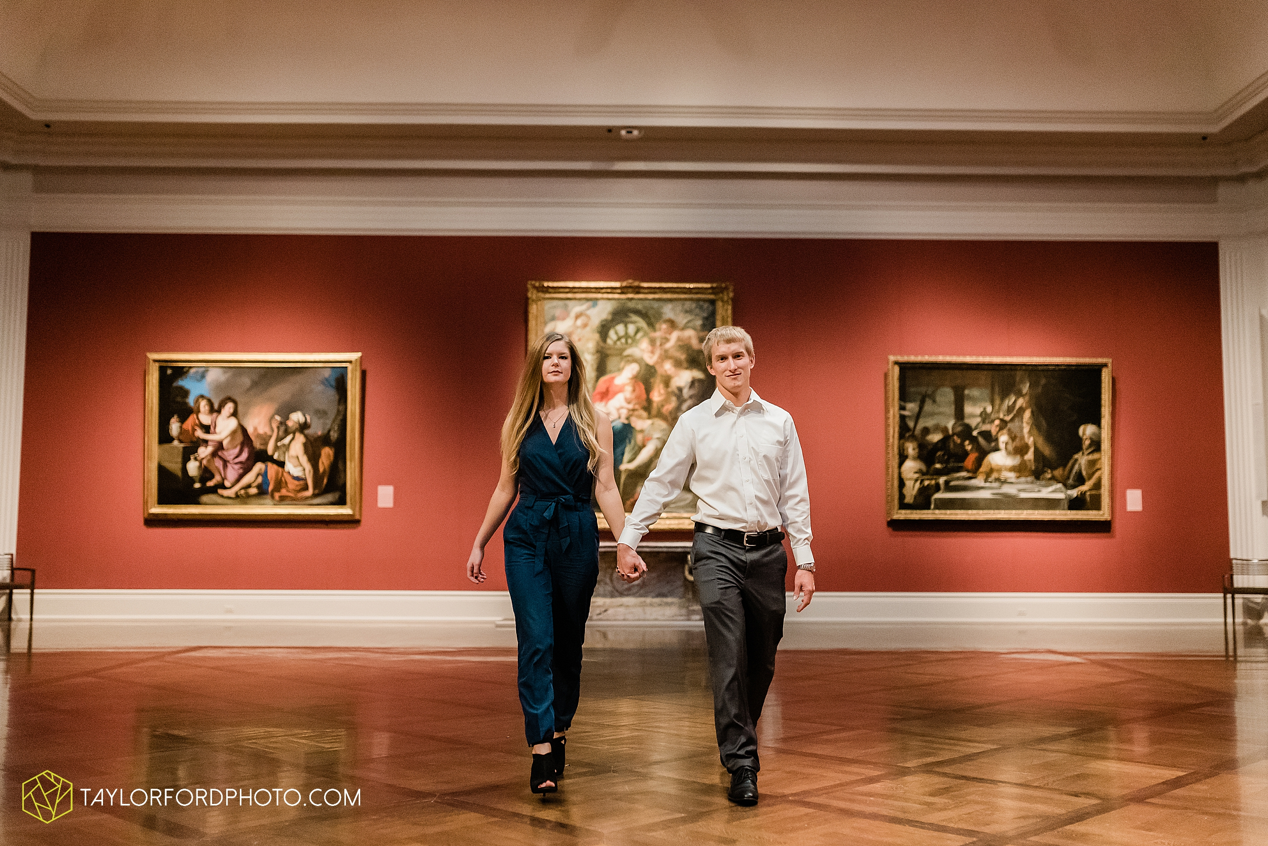 joce-chris-downtown-toledo-museum-of-art-engagement-fall-photographer-taylor-ford-photography_1469.jpg