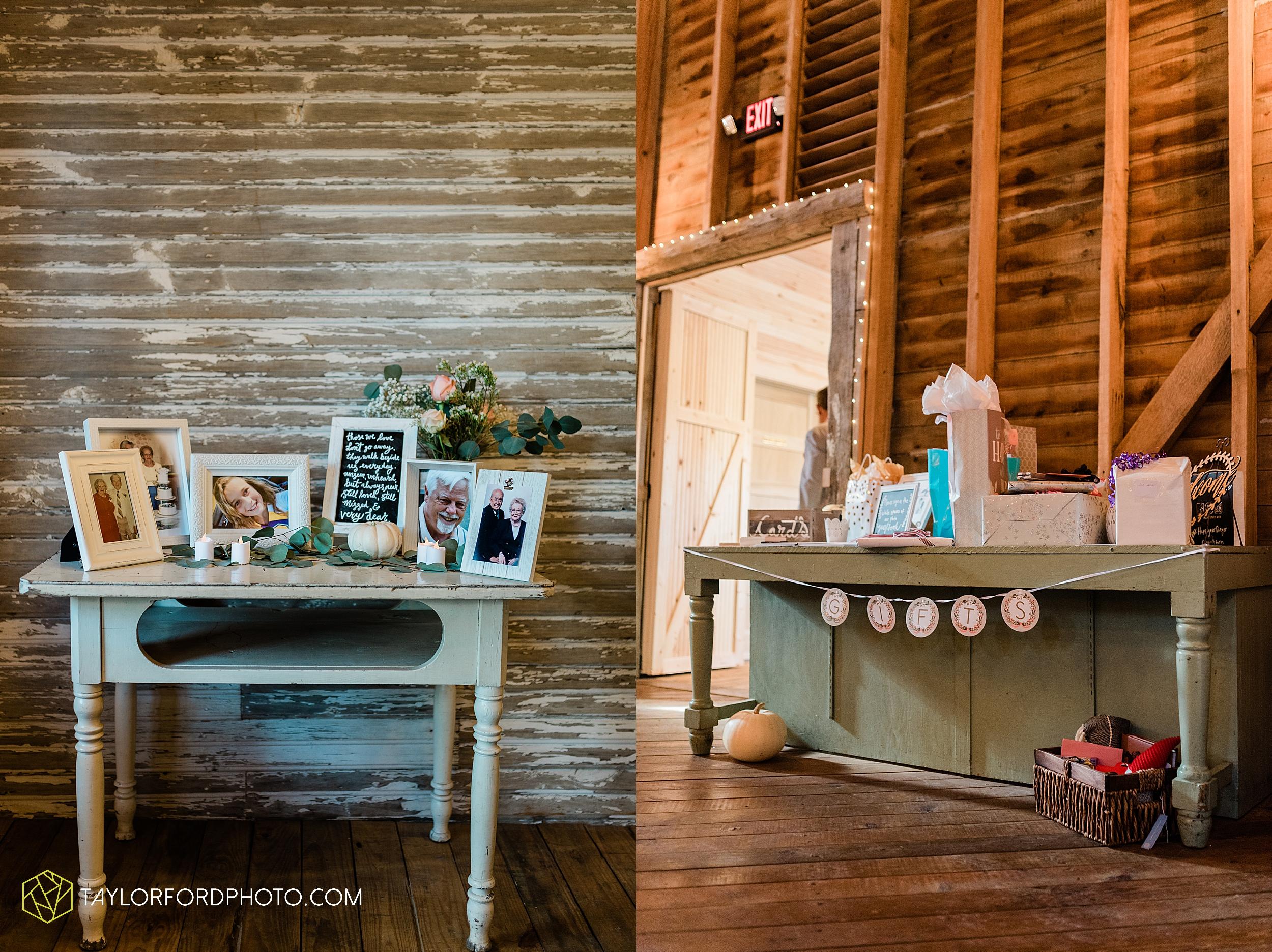 marissa-nicole-nick-daeger-orrmont-estate-farm-wedding-piqua-dayton-troy-ohio-fall-photographer-taylor-ford-photography_1518.jpg