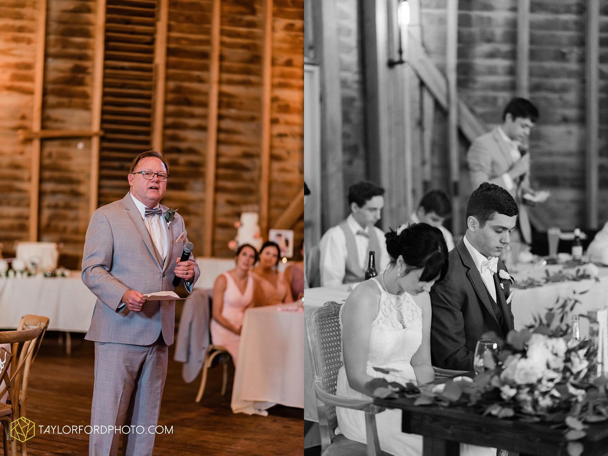 marissa-nicole-nick-daeger-orrmont-estate-farm-wedding-piqua-dayton-troy-ohio-fall-photographer-taylor-ford-photography_1557.jpg