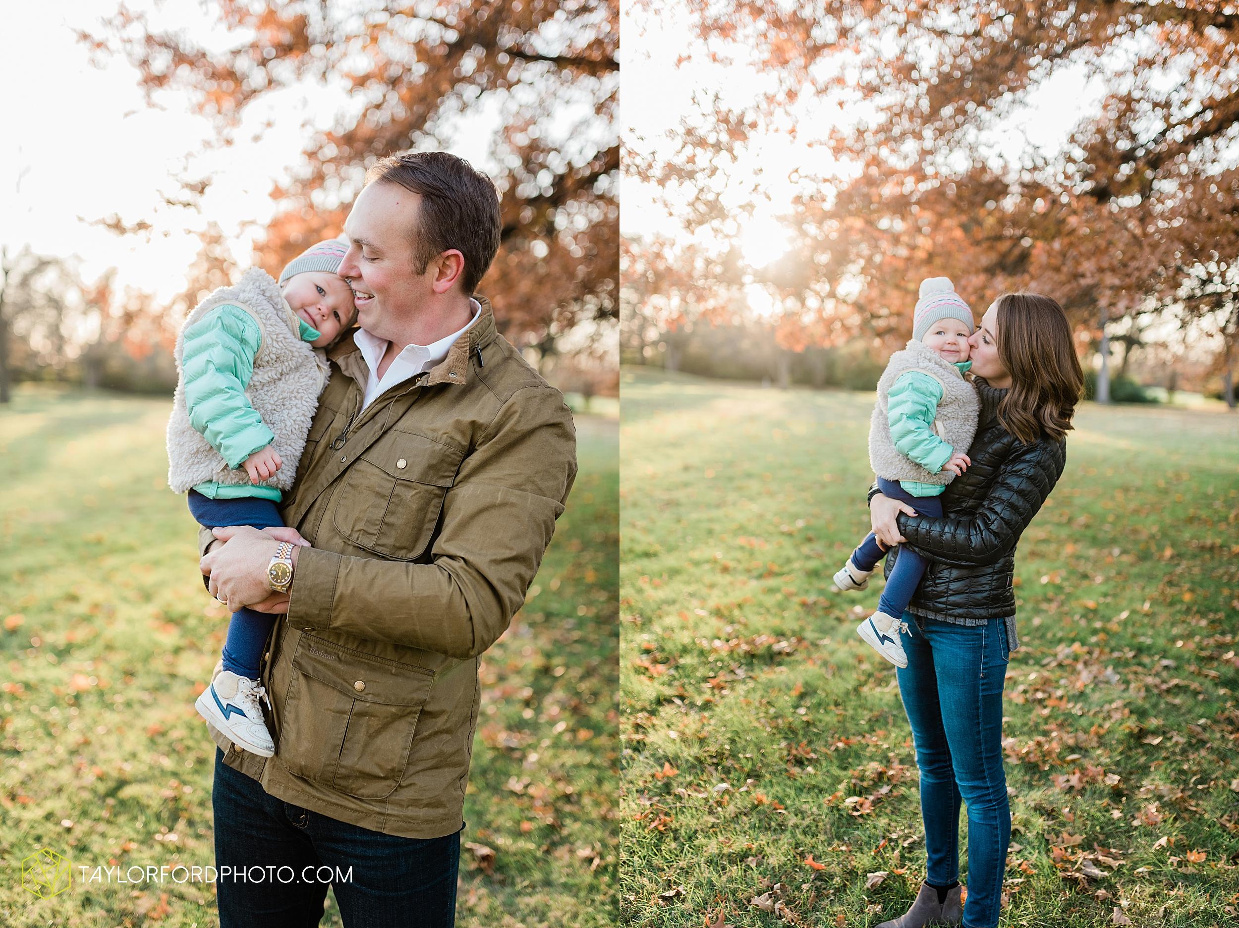 purmort-backyard-van-wert-ohio-fall-family-photographer-taylor-ford-hirschy-photographer_1677.jpg