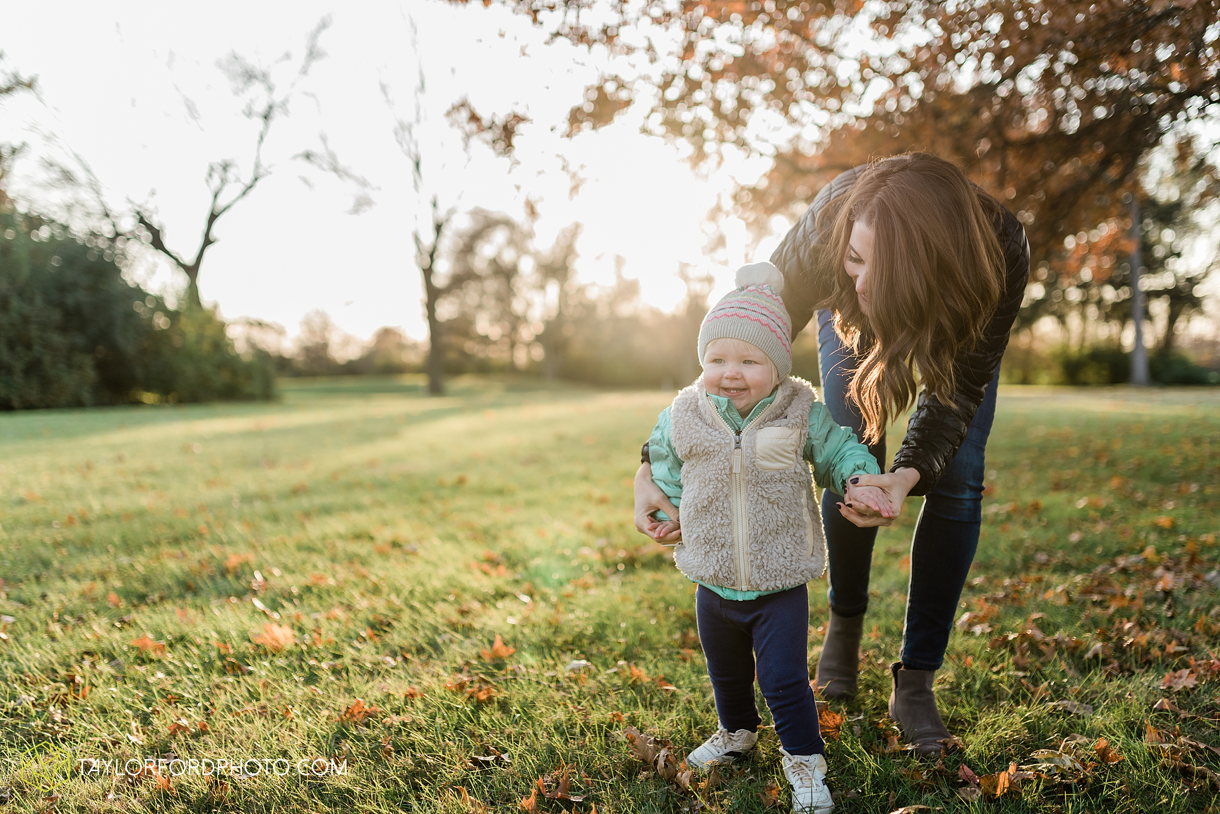 purmort-backyard-van-wert-ohio-fall-family-photographer-taylor-ford-hirschy-photographer_1678.jpg