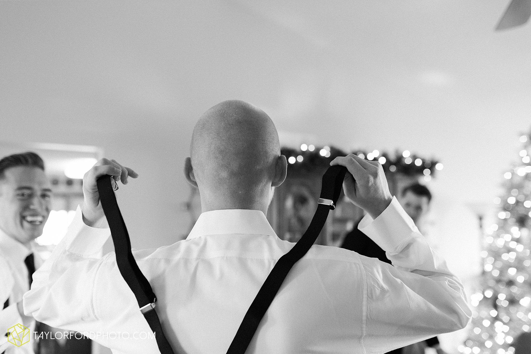 van-wert-ohio-first-united-methodist-downtown-van-wert-county-jr-fair-building-reception-winter-christmas-wedding-photographer-taylor-ford-hirschy-photographer-taylor-ford-hirschy-photographer_1904.jpg
