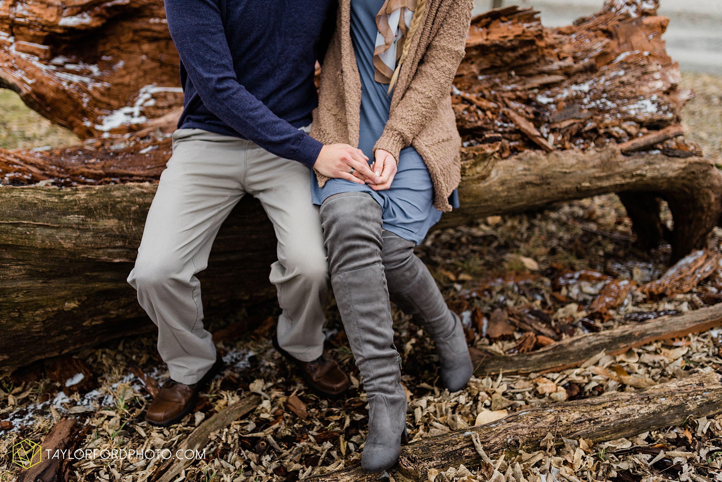 at-home-fidler-pond-park-downtown-goshen-indiana-engagement-photography-taylor-ford-hirschy-photographer_1990.jpg