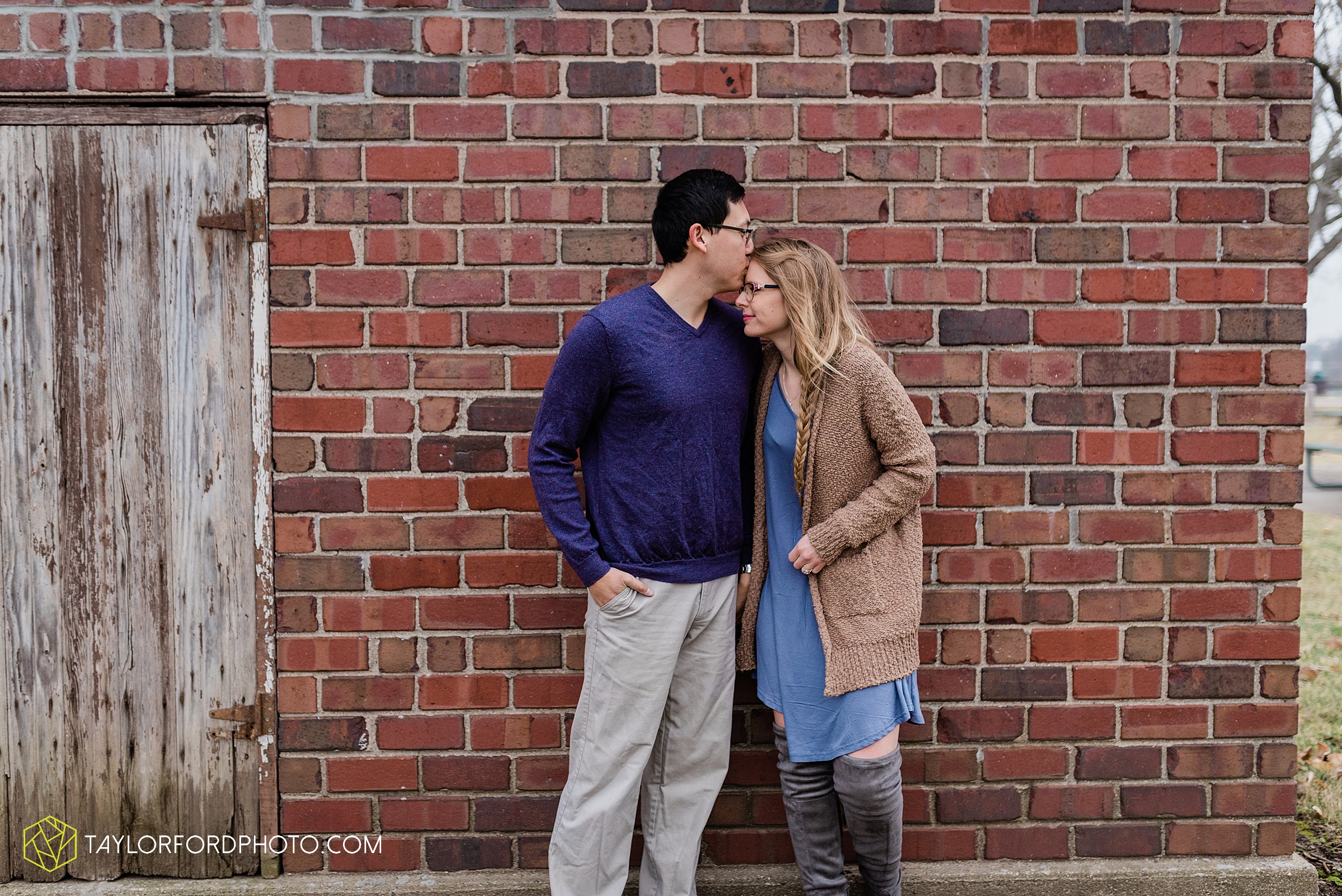 at-home-fidler-pond-park-downtown-goshen-indiana-engagement-photography-taylor-ford-hirschy-photographer_1994.jpg