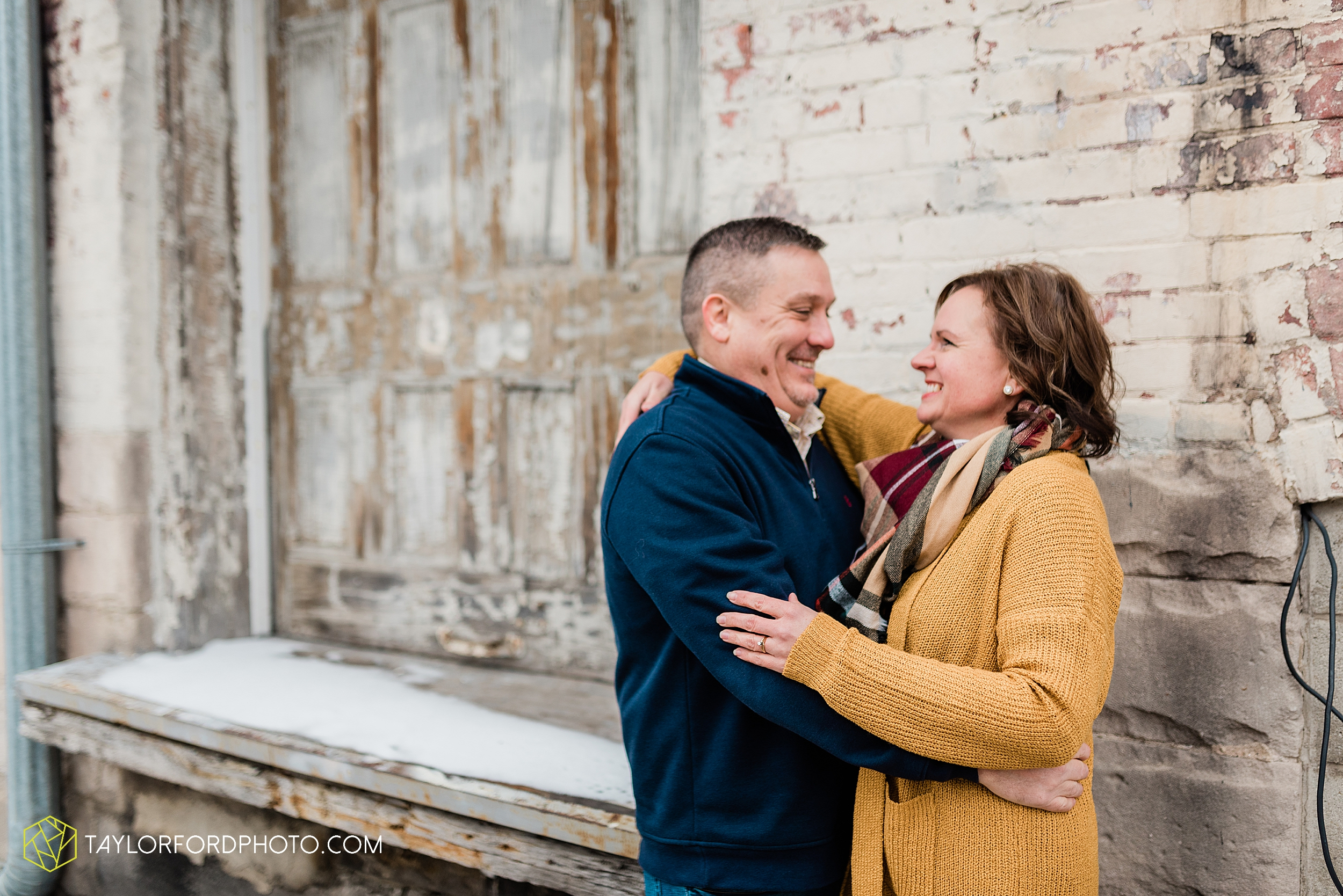 thompson-extended-family-van-wert-ohio-downtown-family-photography-taylor-ford-hirschy-photographer_2094.jpg