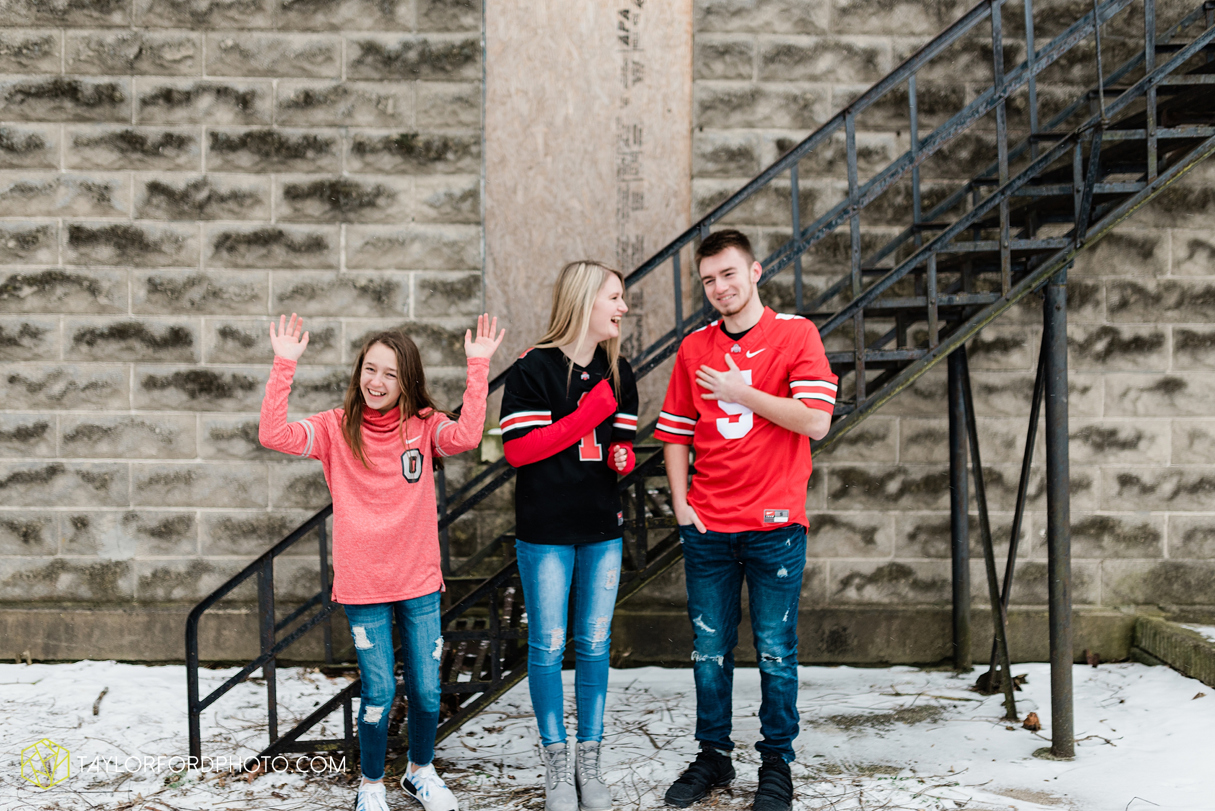 thompson-extended-family-van-wert-ohio-downtown-family-photography-taylor-ford-hirschy-photographer_2099.jpg