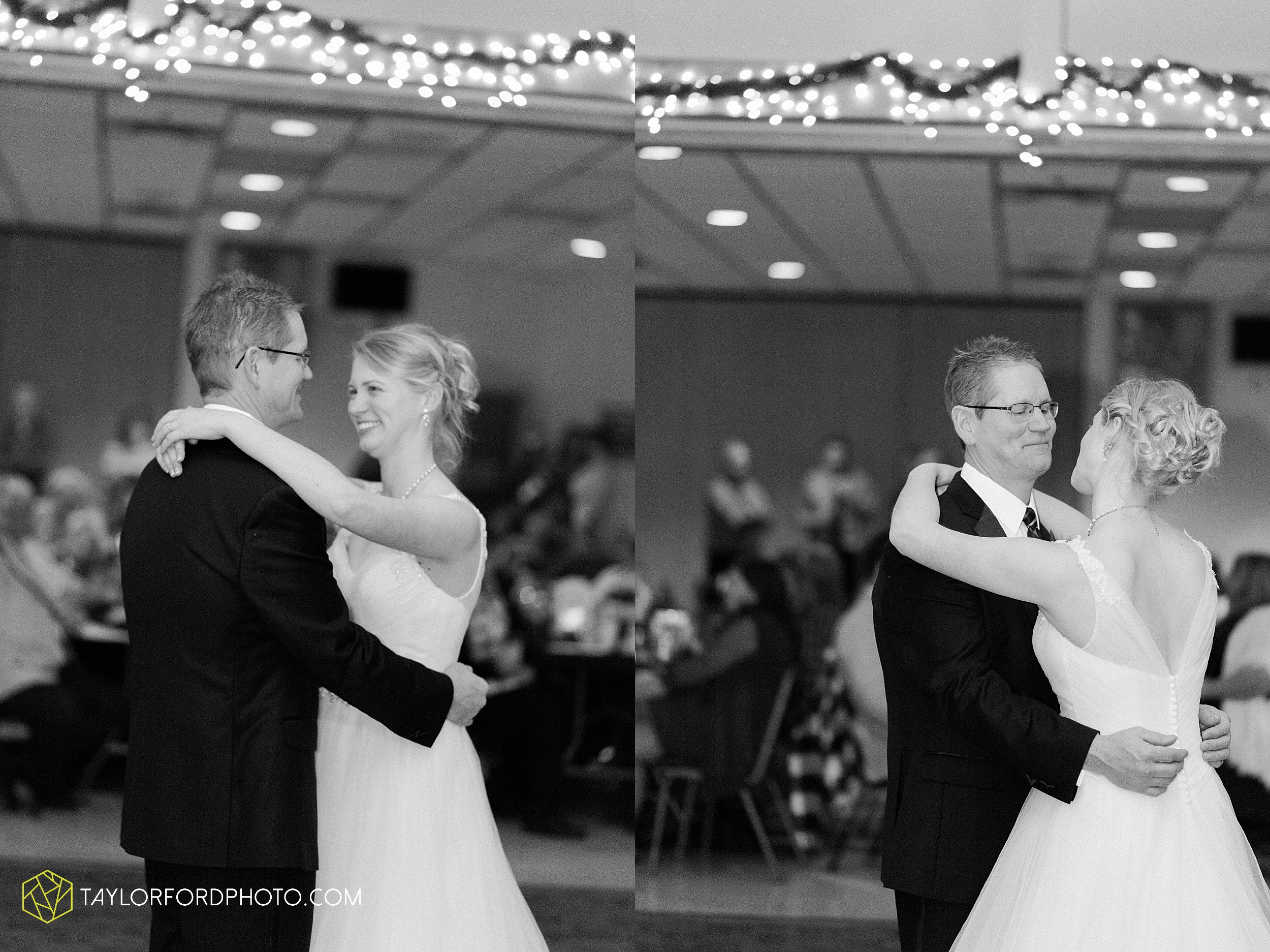 pleasant-view-church-christmas-celina-fraternal-order-of-eagles-reception-wedding-wren-willshire-van-wert-ohio-photography-taylor-ford-hirschy-photographer_2197.jpg
