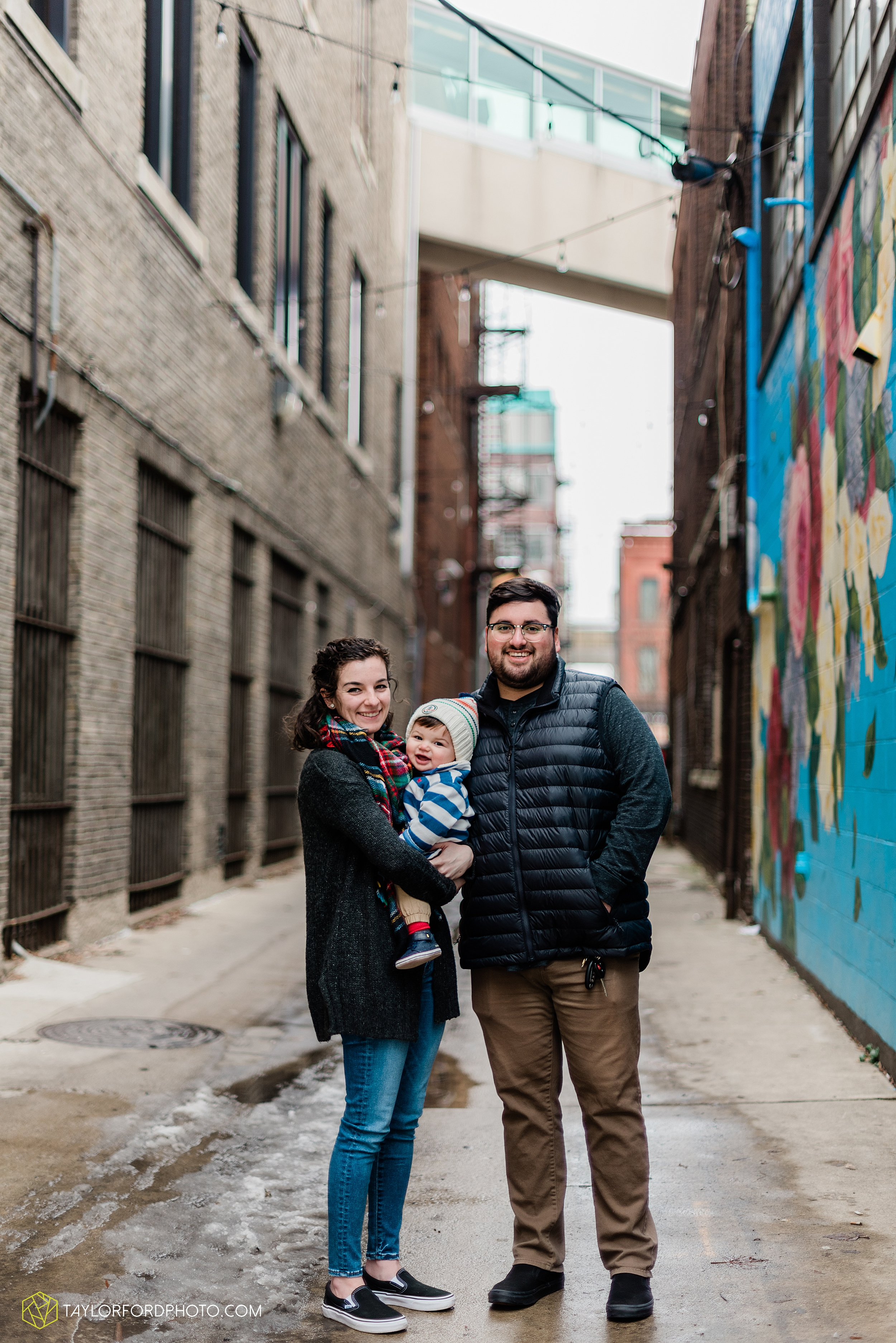 brenna-jose-fort-wayne-indiana-engagement-family-child-downtown-river-greenway-photography-taylor-ford-hirschy-photographer_2301.jpg