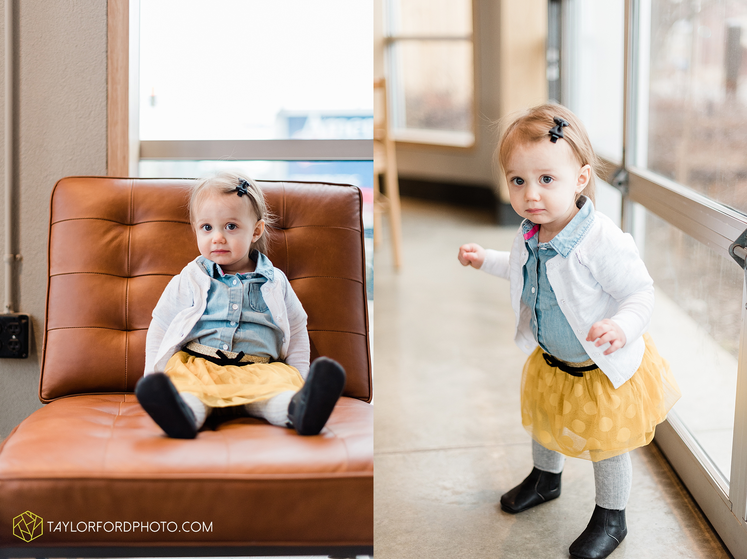 starbucks-one-1-year-old-brita-downtown-grand-wayne-at-home-family-fort-wayne-indiana-photography-taylor-ford-hirschy-photographer_2392.jpg