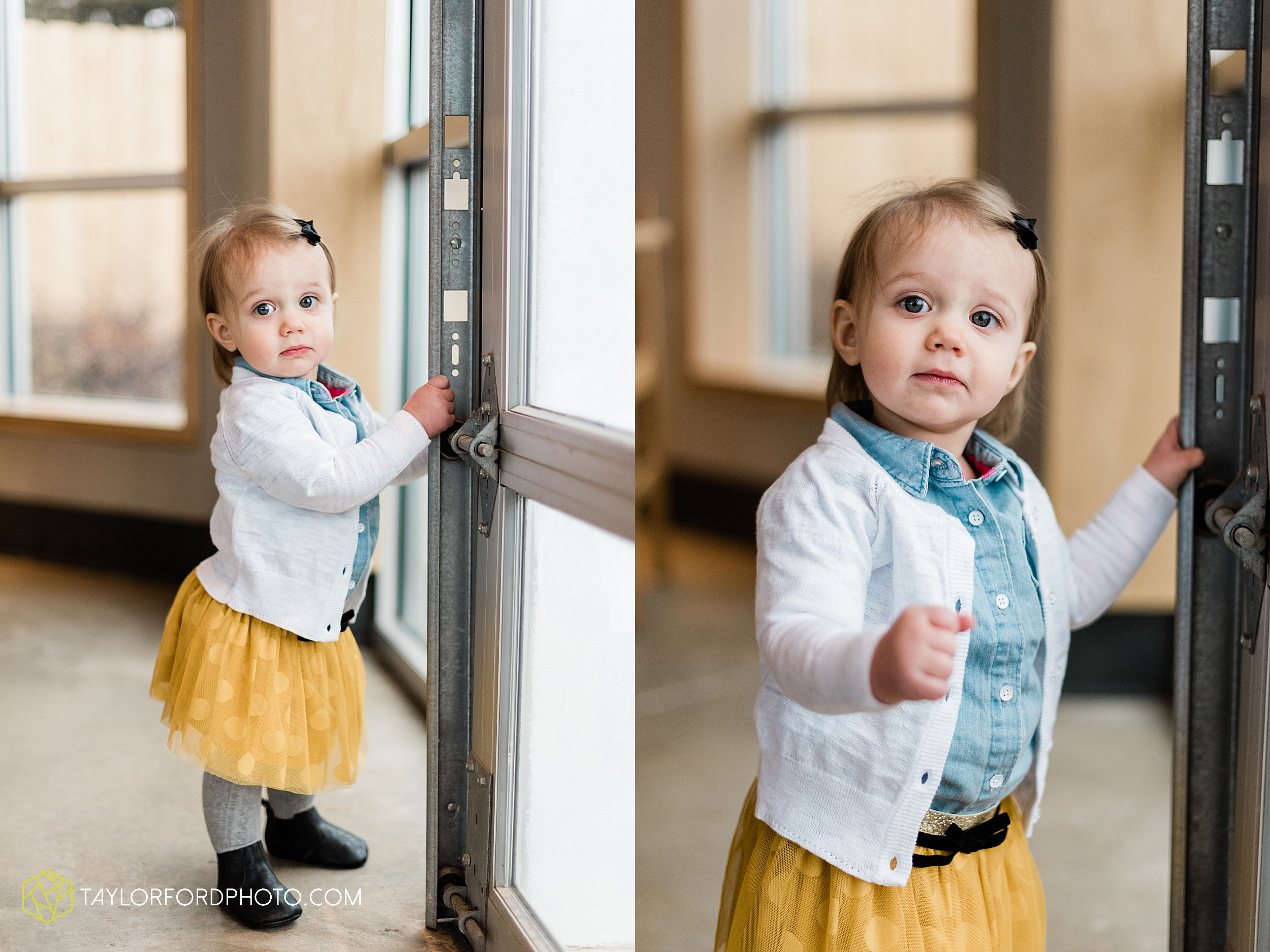 starbucks-one-1-year-old-brita-downtown-grand-wayne-at-home-family-fort-wayne-indiana-photography-taylor-ford-hirschy-photographer_2393.jpg
