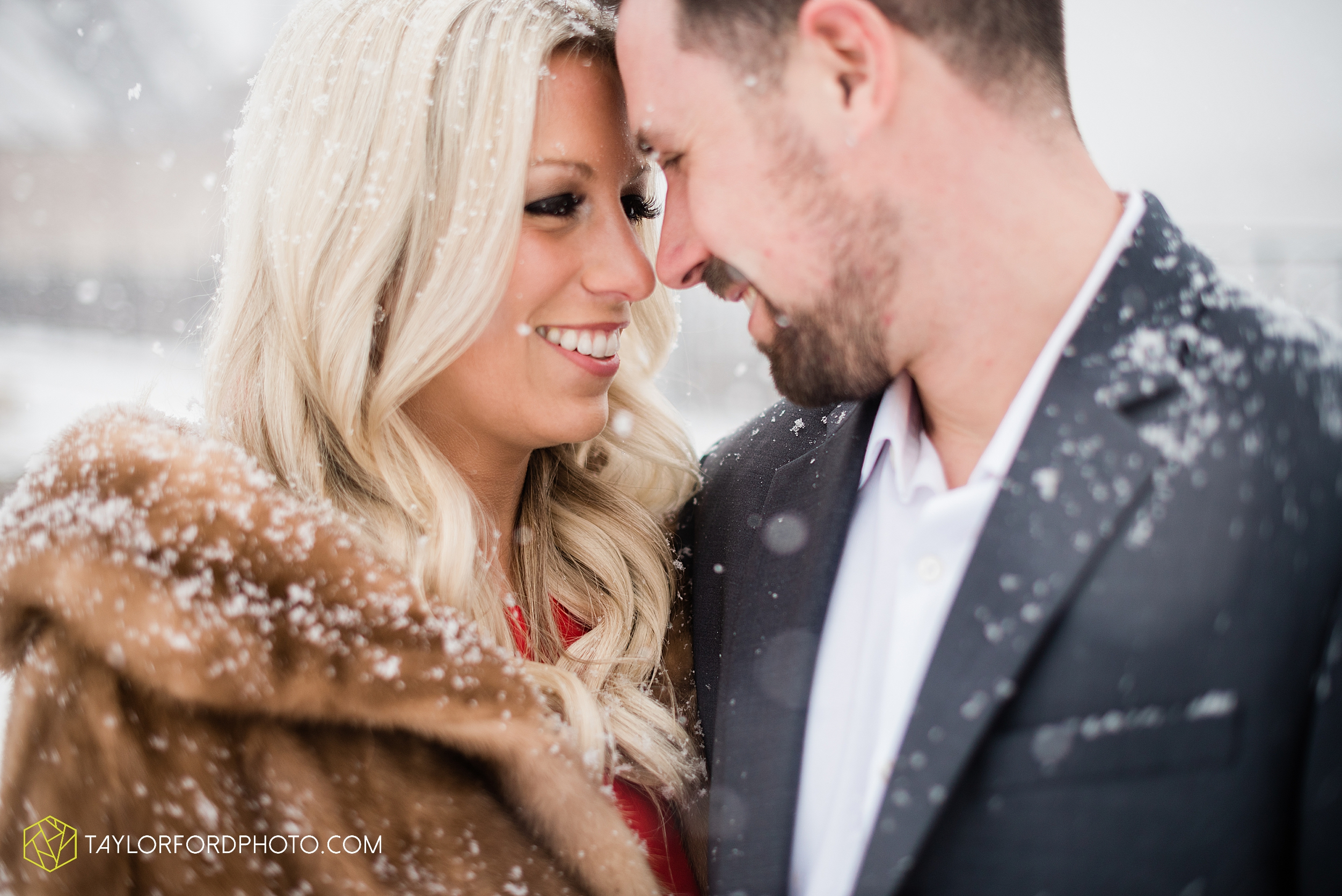 brittany-phil-downtown-cleveland-viaduct-the-flats-east-bank-rocky-river-reservation-engagement-photography-taylor-ford-hirschy-photographer_2413.jpg