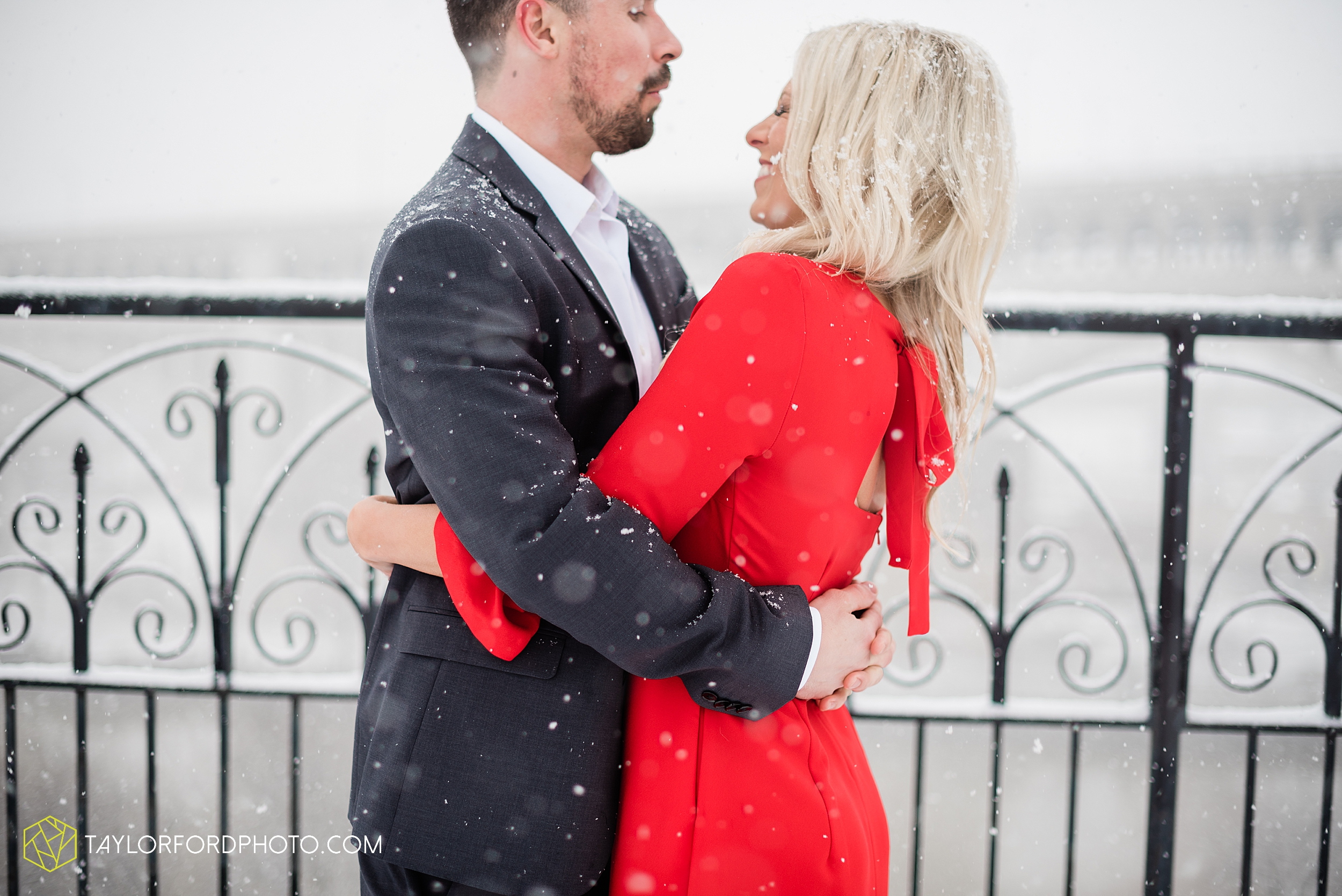 brittany-phil-downtown-cleveland-viaduct-the-flats-east-bank-rocky-river-reservation-engagement-photography-taylor-ford-hirschy-photographer_2419.jpg