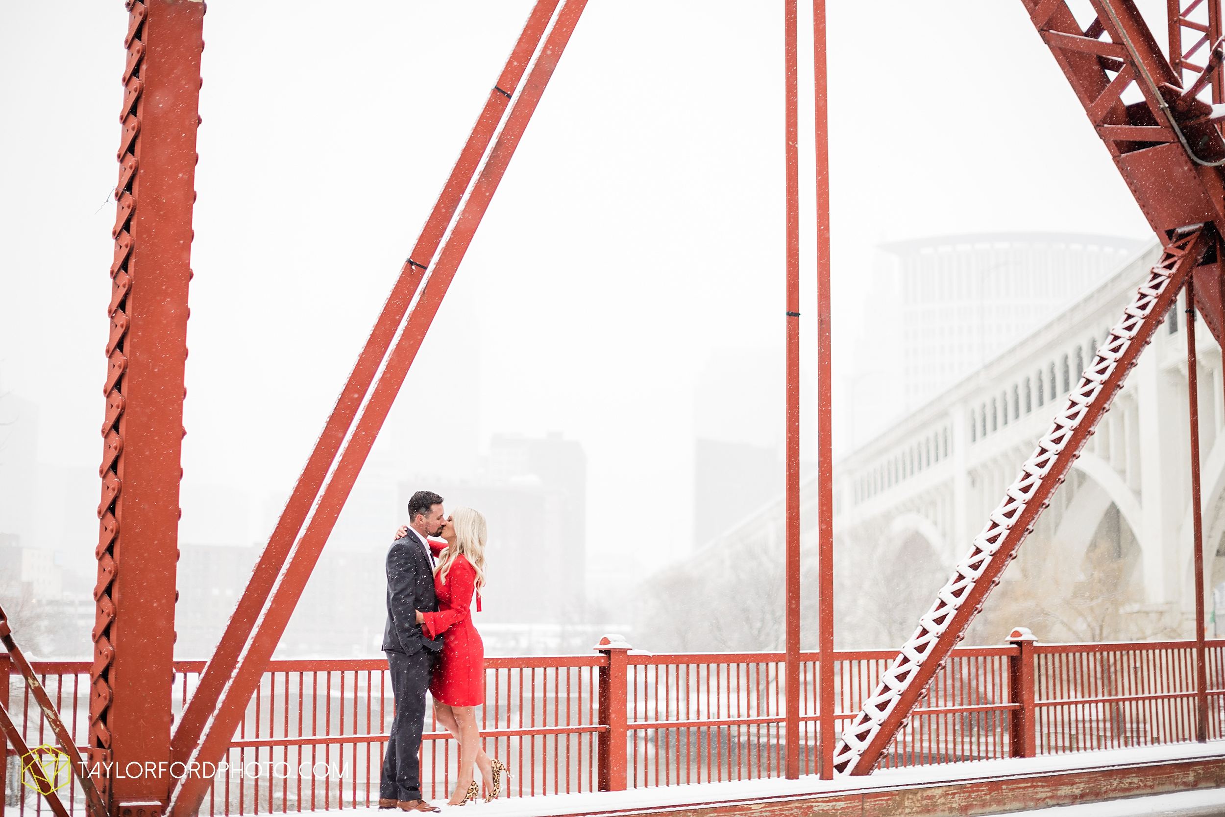brittany-phil-downtown-cleveland-viaduct-the-flats-east-bank-rocky-river-reservation-engagement-photography-taylor-ford-hirschy-photographer_2430.jpg