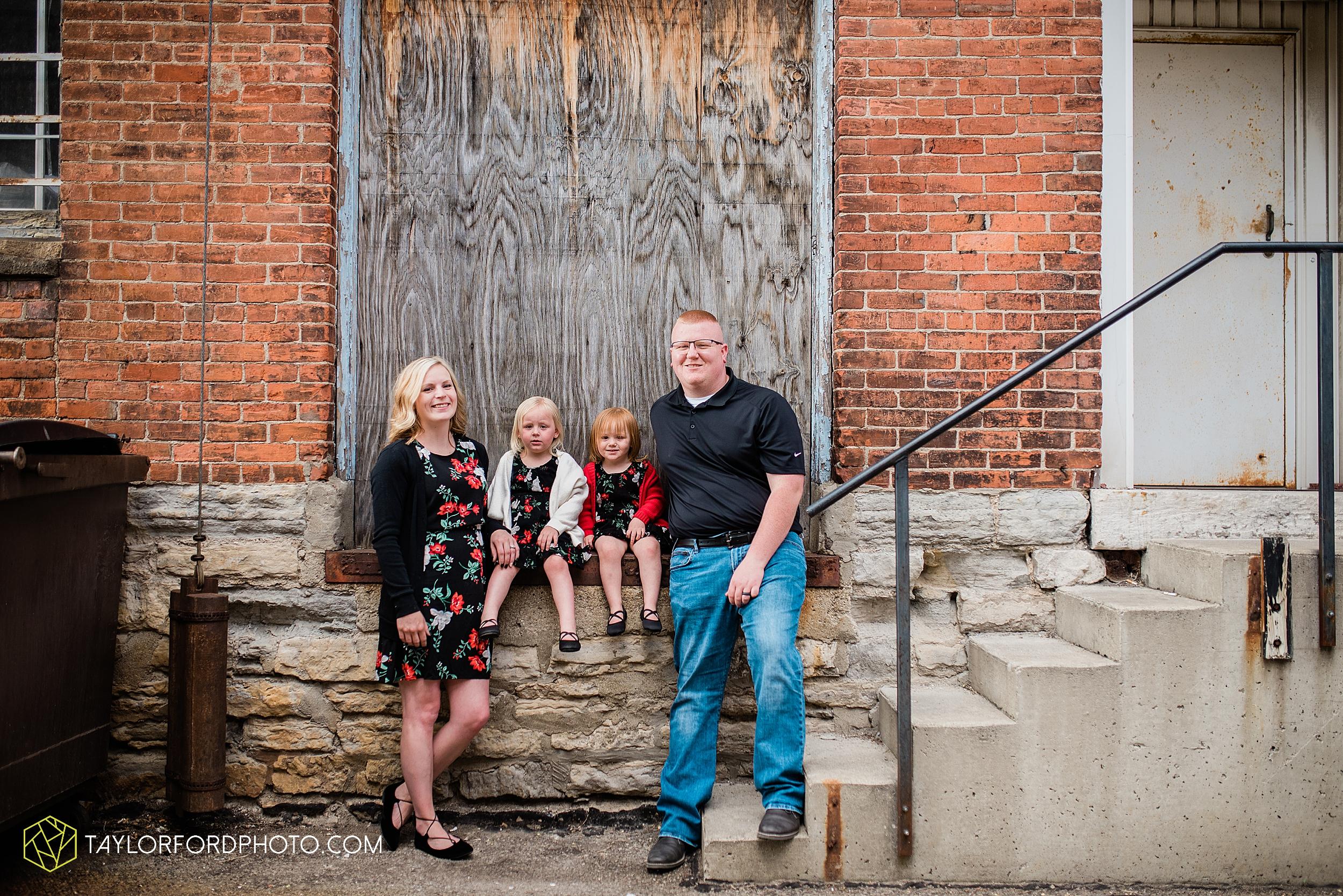 downtown-van-wert-ohio-family-photographer-photography-taylor-ford-hirschy-photographer_2680.jpg