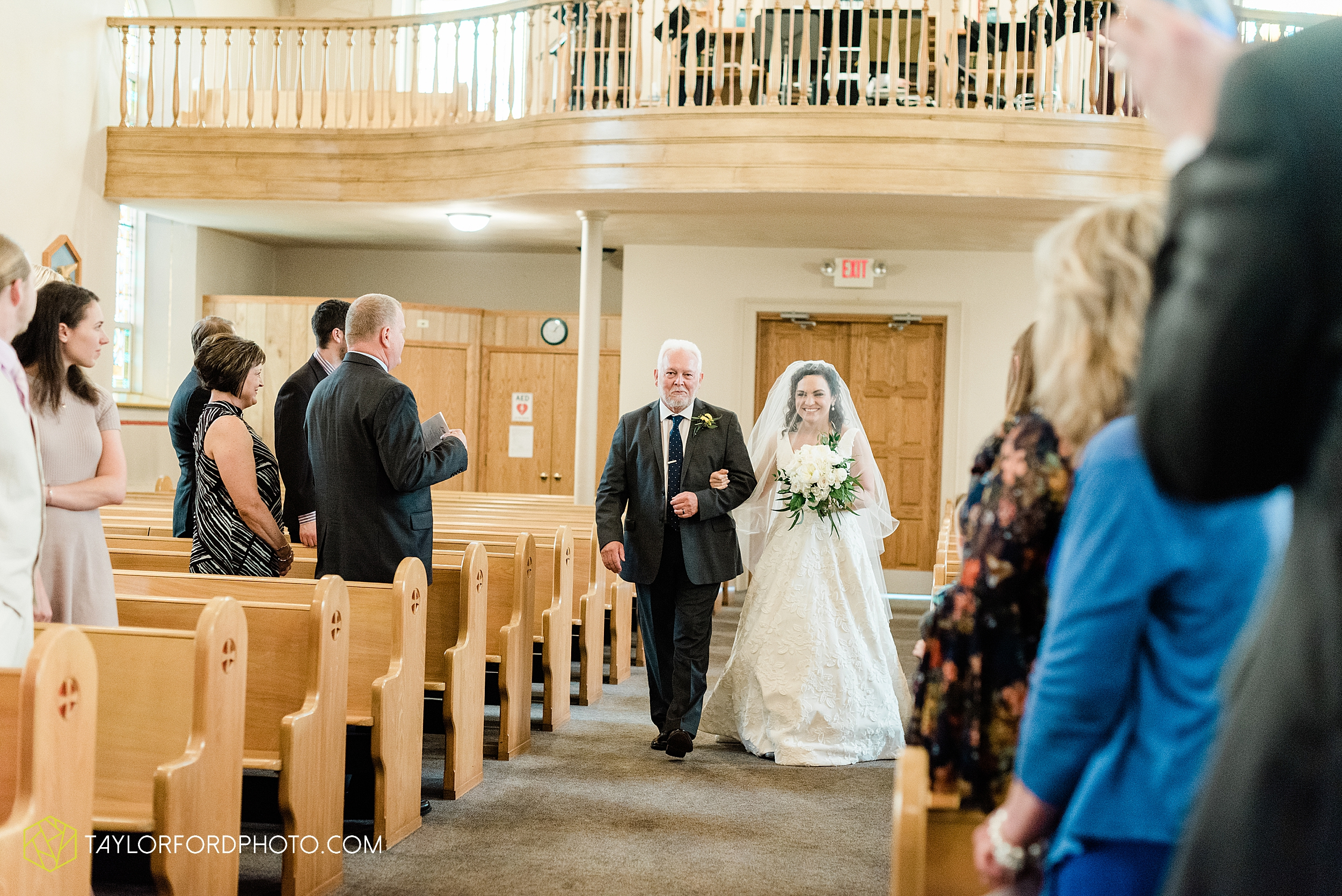 fort-recovery-ohio-saint-anthony-church-columbia-city-joseph-decuis-farmstead-tri-lakes-shriner-lake-wawasee-wedding-photographer-photography-taylor-ford-hirschy-photographer_2867.jpg