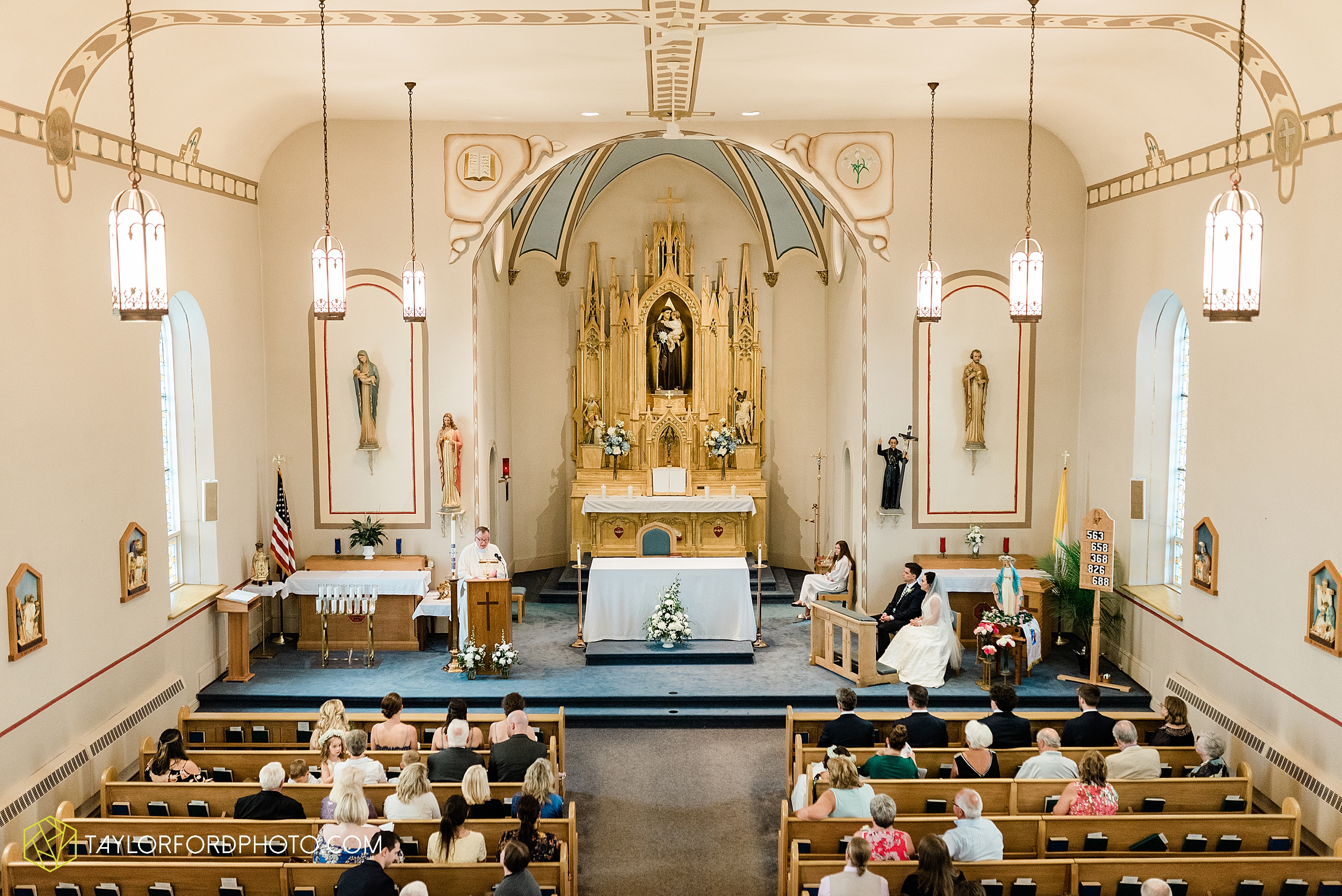 fort-recovery-ohio-saint-anthony-church-columbia-city-joseph-decuis-farmstead-tri-lakes-shriner-lake-wawasee-wedding-photographer-photography-taylor-ford-hirschy-photographer_2873.jpg