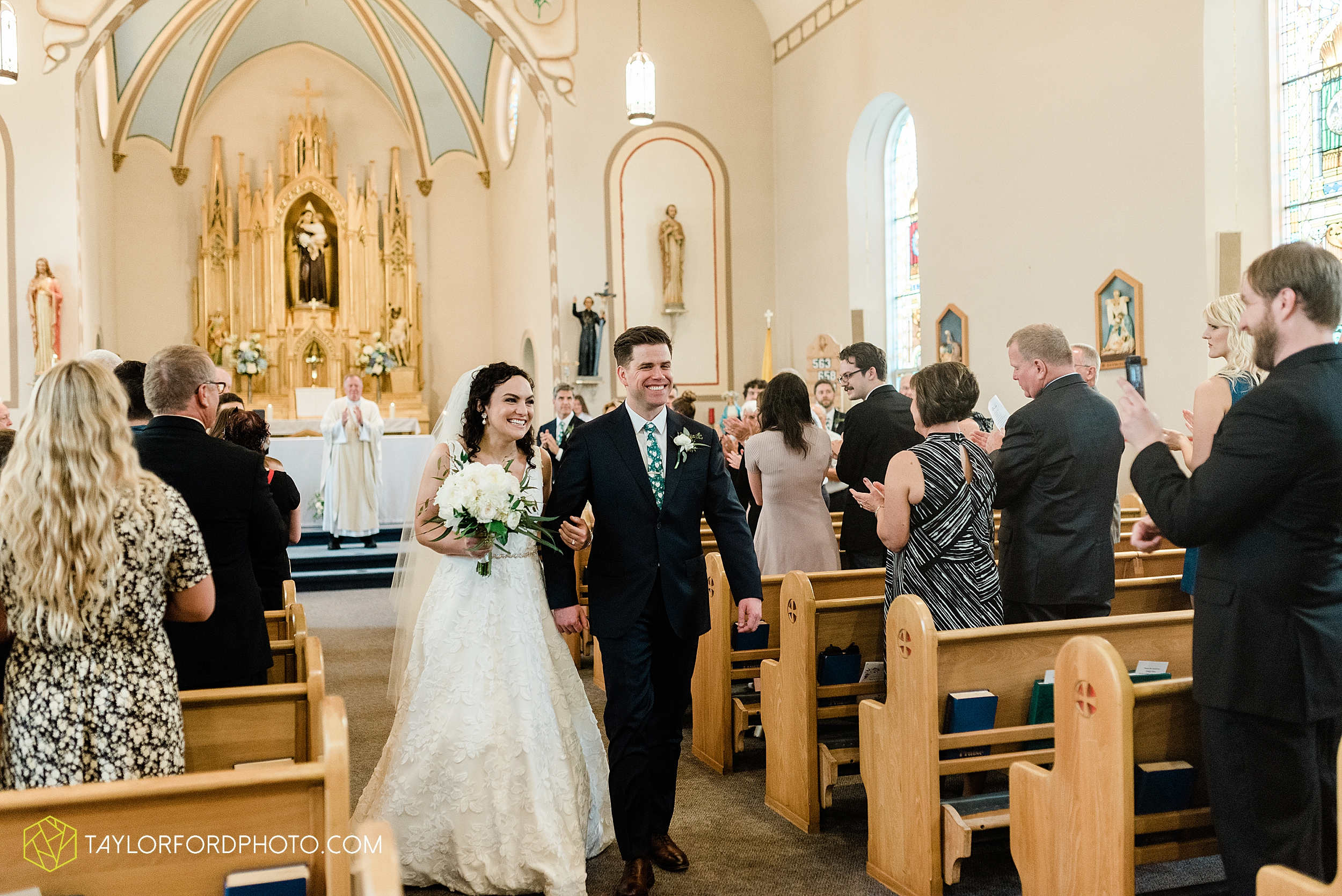 fort-recovery-ohio-saint-anthony-church-columbia-city-joseph-decuis-farmstead-tri-lakes-shriner-lake-wawasee-wedding-photographer-photography-taylor-ford-hirschy-photographer_2879.jpg
