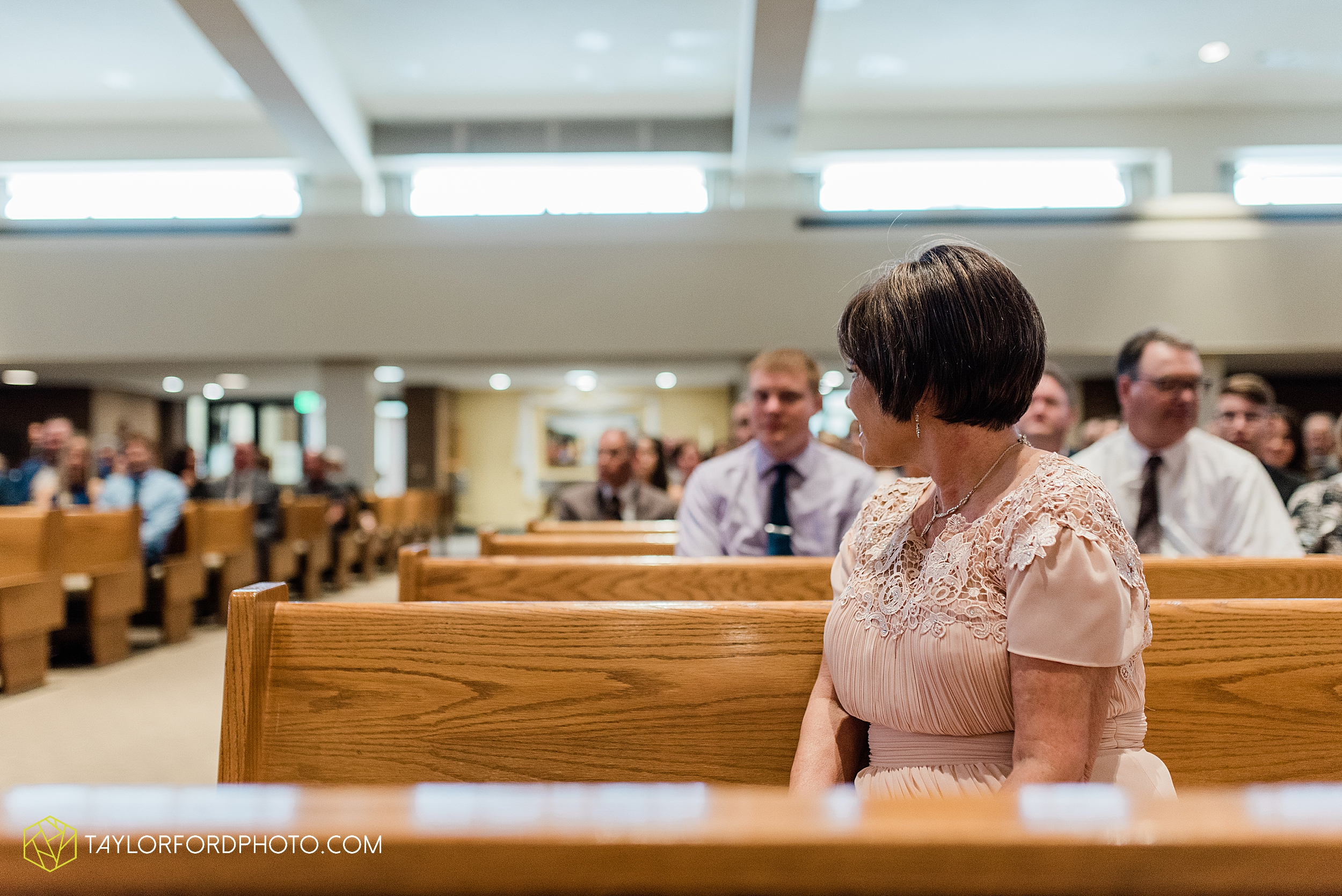 sullivan-st-francis-university-performing-arts-center-usf-saint-charles-borromeo-catholic-church-downtown-fort-wayne-indiana-wedding-photography-taylor-ford-hirschy-photographer_3223.jpg