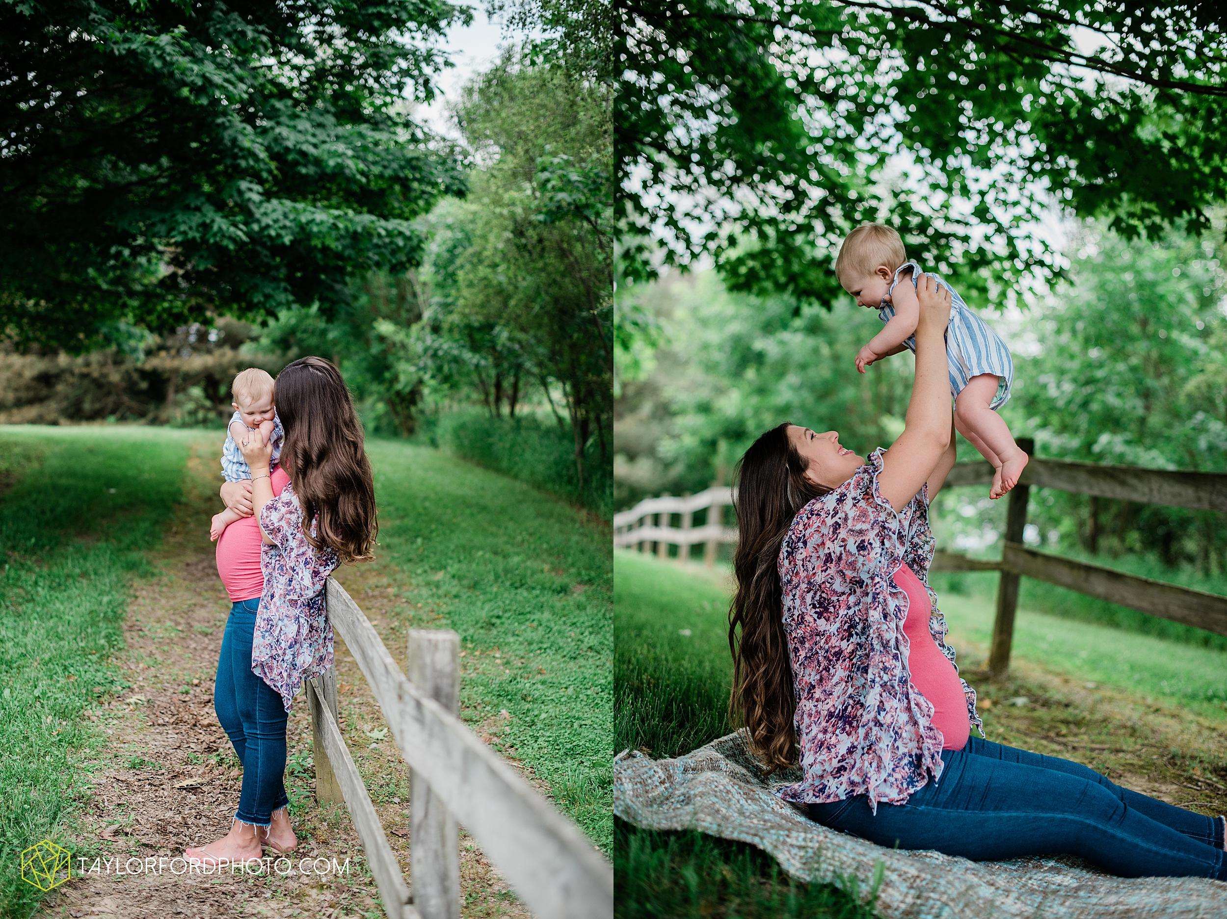 wasserman-family-maternity-summer-photographer-matea-park-leo-fort-wayne-indiana-photography-taylor-ford-hirschy-photographer_3329.jpg