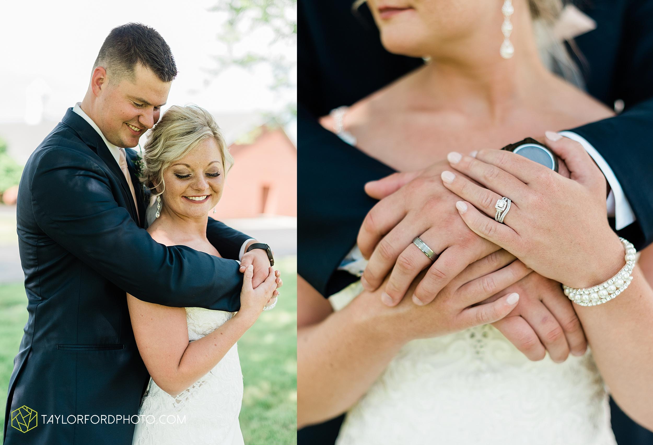 carly-trent-lima-elida-ohio-wedding-the-met-civic-center-reception-immanuel-united-methodist-church-photography-taylor-ford-hirschy-photographer_3352.jpg