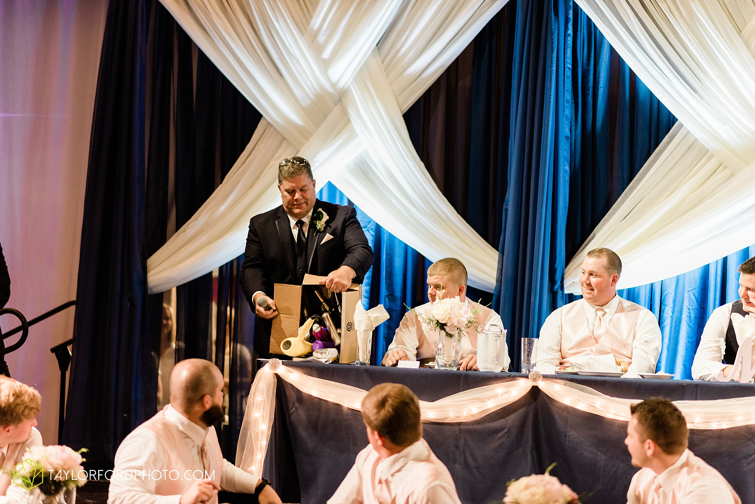 carly-trent-lima-elida-ohio-wedding-the-met-civic-center-reception-immanuel-united-methodist-church-photography-taylor-ford-hirschy-photographer_3373.jpg
