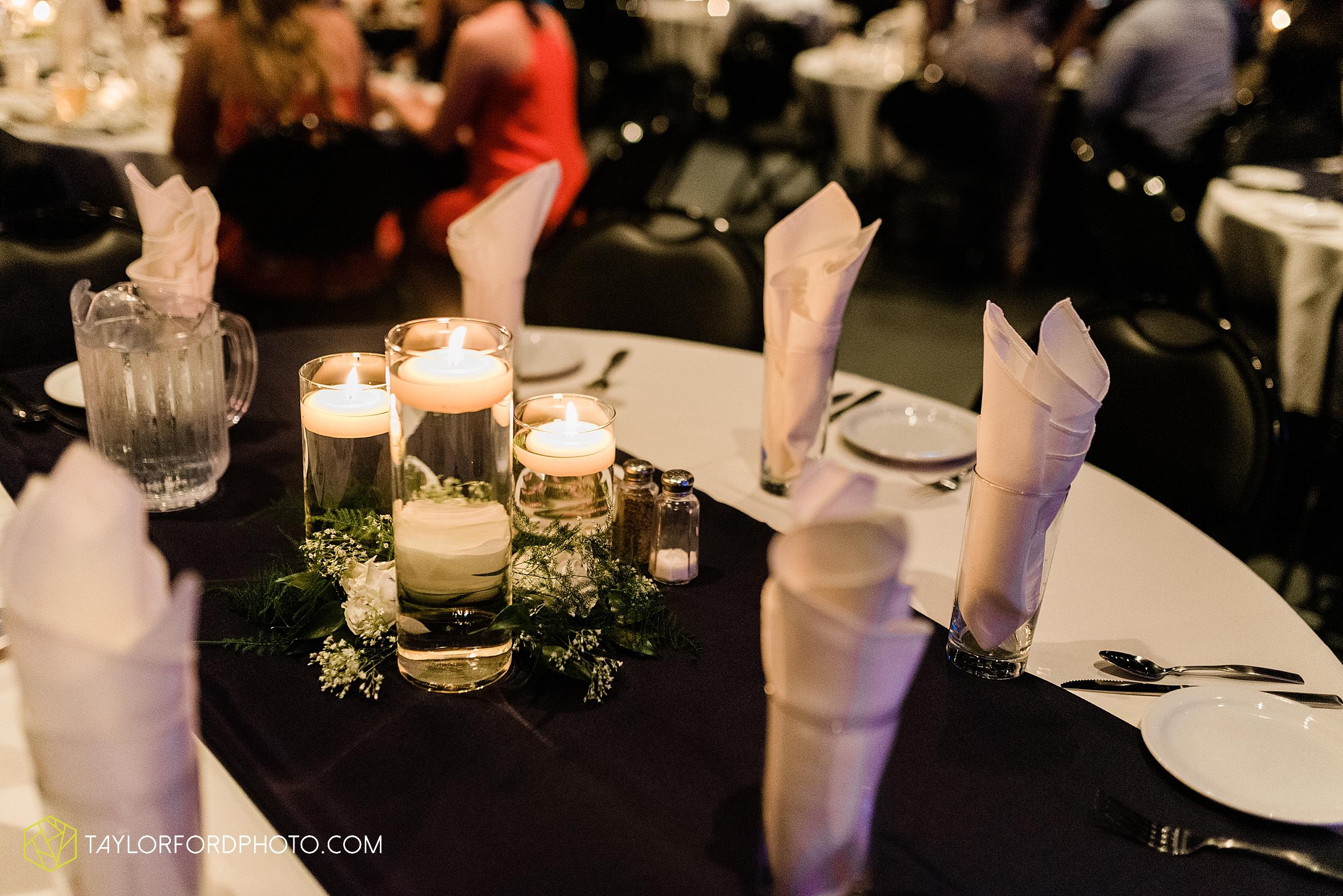 carly-trent-lima-elida-ohio-wedding-the-met-civic-center-reception-immanuel-united-methodist-church-photography-taylor-ford-hirschy-photographer_3375.jpg