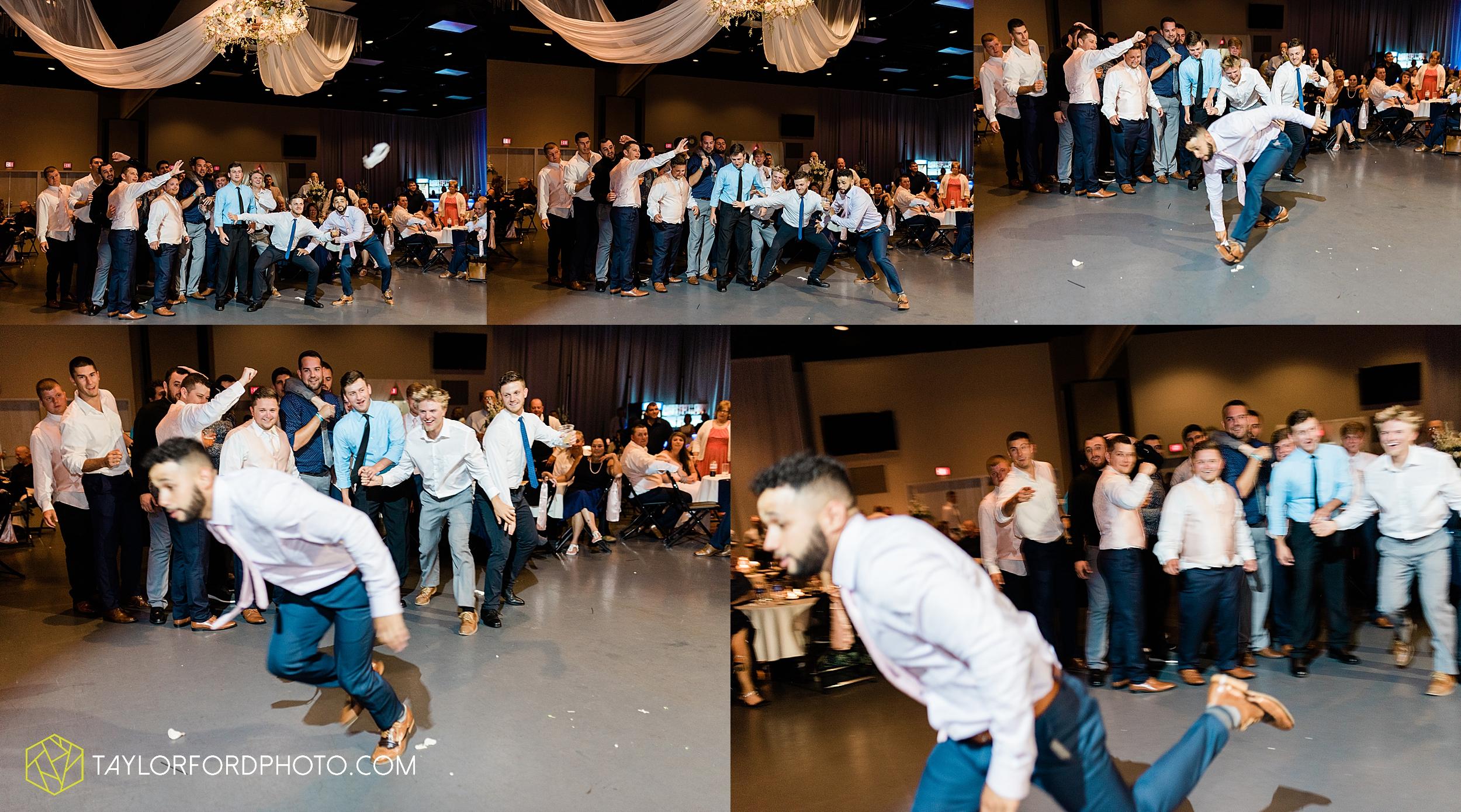 carly-trent-lima-elida-ohio-wedding-the-met-civic-center-reception-immanuel-united-methodist-church-photography-taylor-ford-hirschy-photographer_3403.jpg