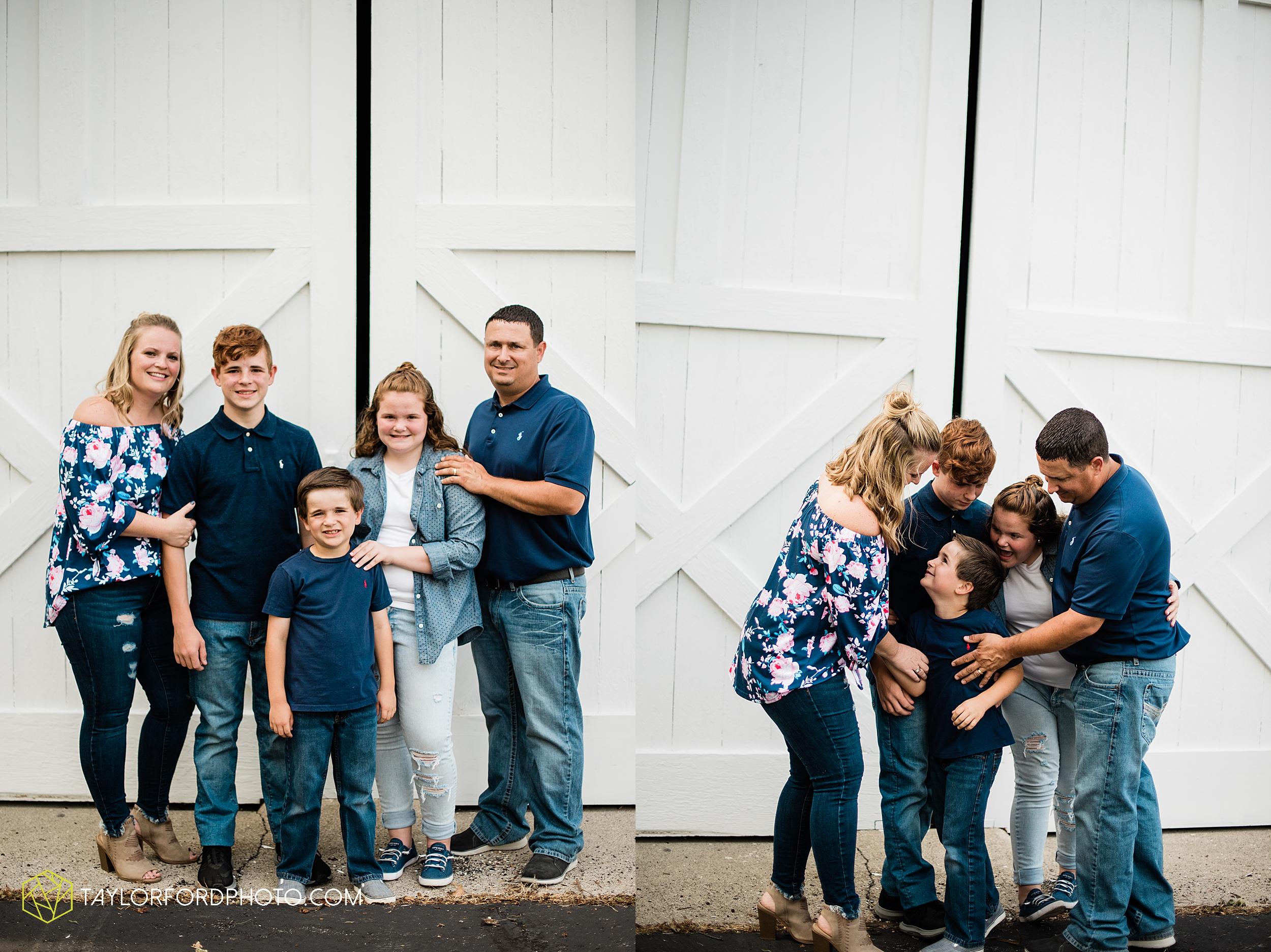 marsh-foundation-van-wert-ohio-family-photography-taylor-ford-hirschy-photographer_3612.jpg