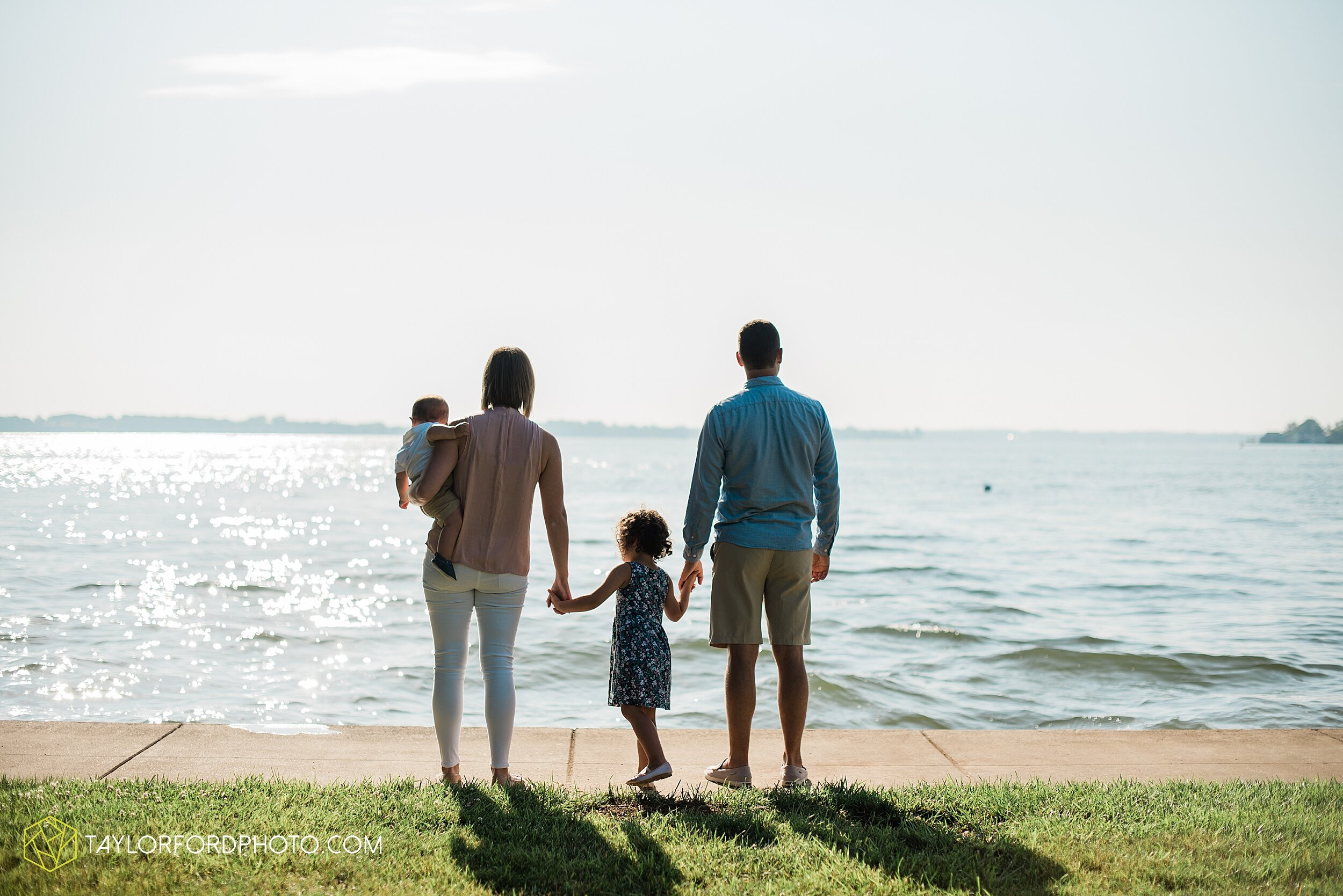 lake-wawasee-syracuse-indiana-oakwood-resort-family-mini-fourth-4th-of-july-summer-photography-taylor-ford-hirschy-photographer_3636.jpg