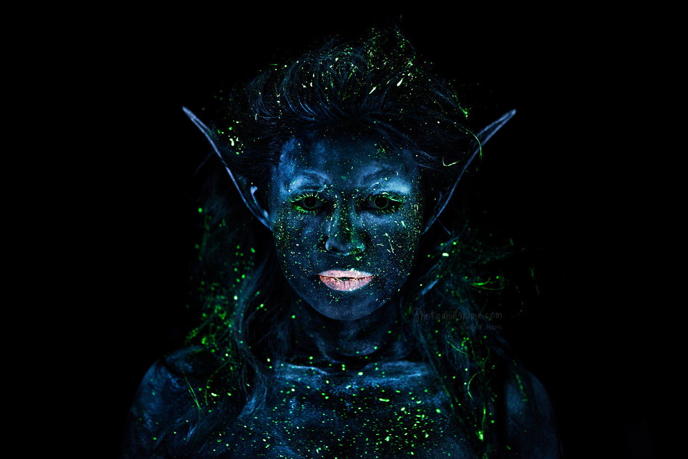 UV blacklight Fairy (2014). (Make-up artist Marthe Neus)