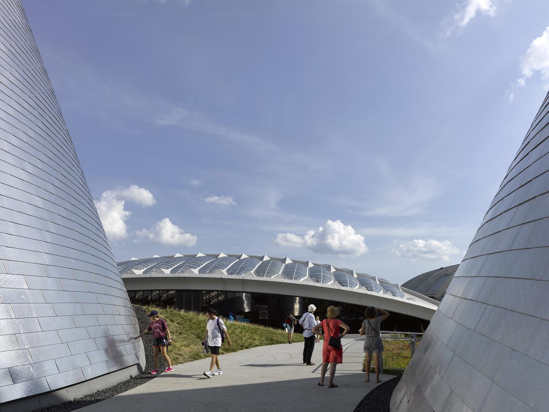 Montreal planetarium,  Cardin Ramirez Julien