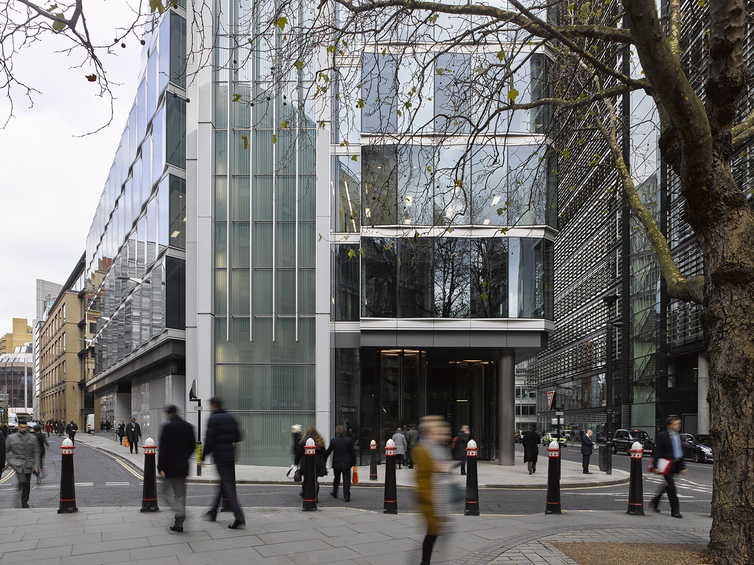 New Fetter Lane,  Doone Silver