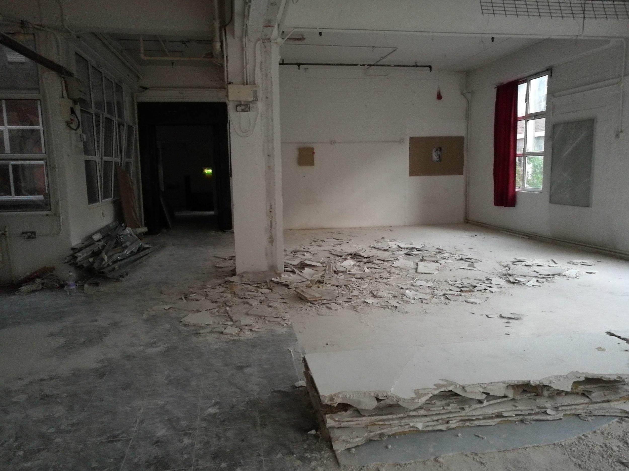 Left: Alex Canonico, installation. Right: Gary Battle, photography. Centre: Alex Canonico, installation.