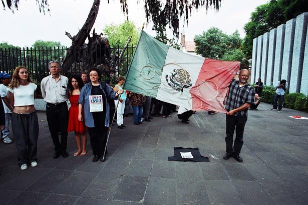 5) Nuestra bandera.jpg