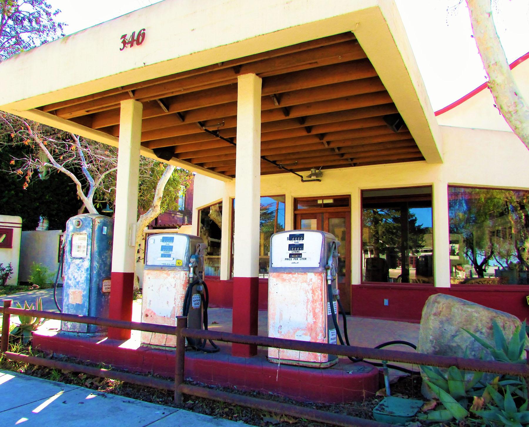 LosAlamos_0896_OldStation.jpg