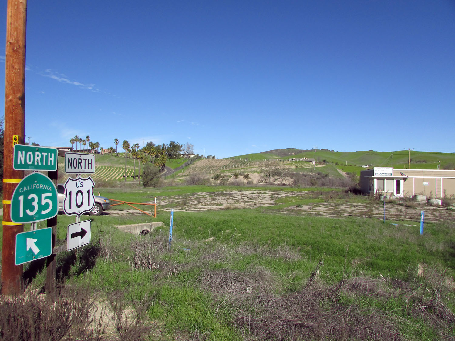 COMMERCIAL C-2 ZONED property in Los Alamos CA.