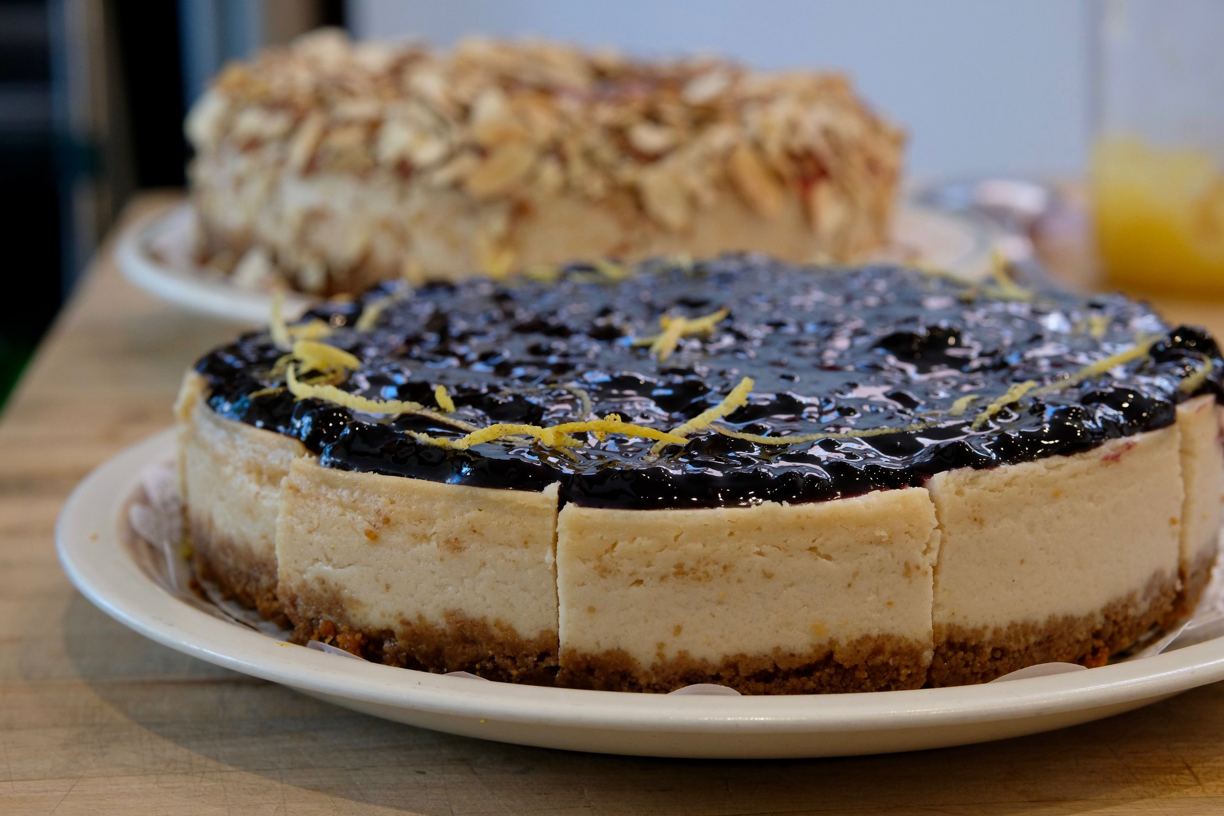 Blackberry lemon cheesecake