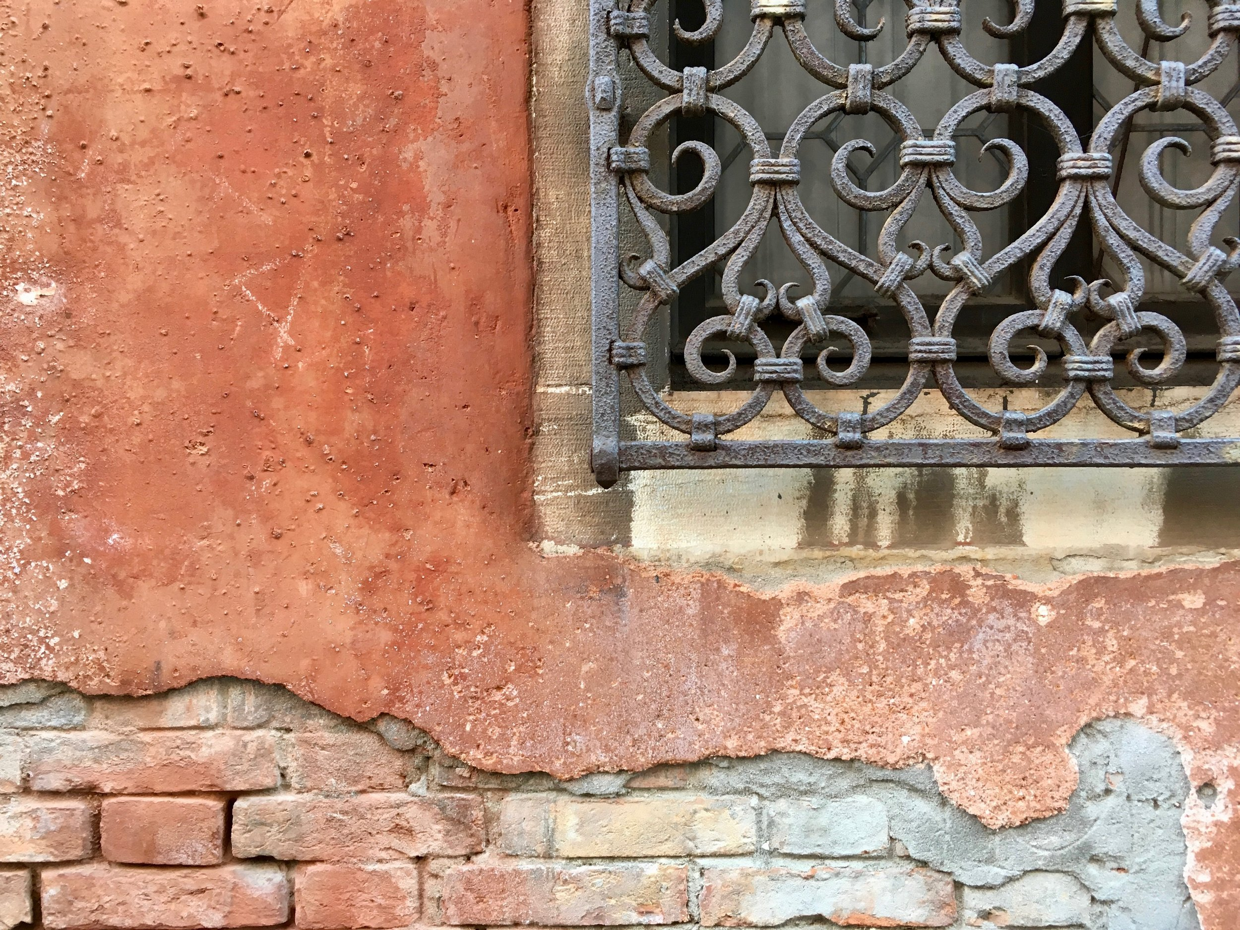 Everything here starts oxidized or looks great even while crumbling to pieces (yes, those bricks could be repointed).