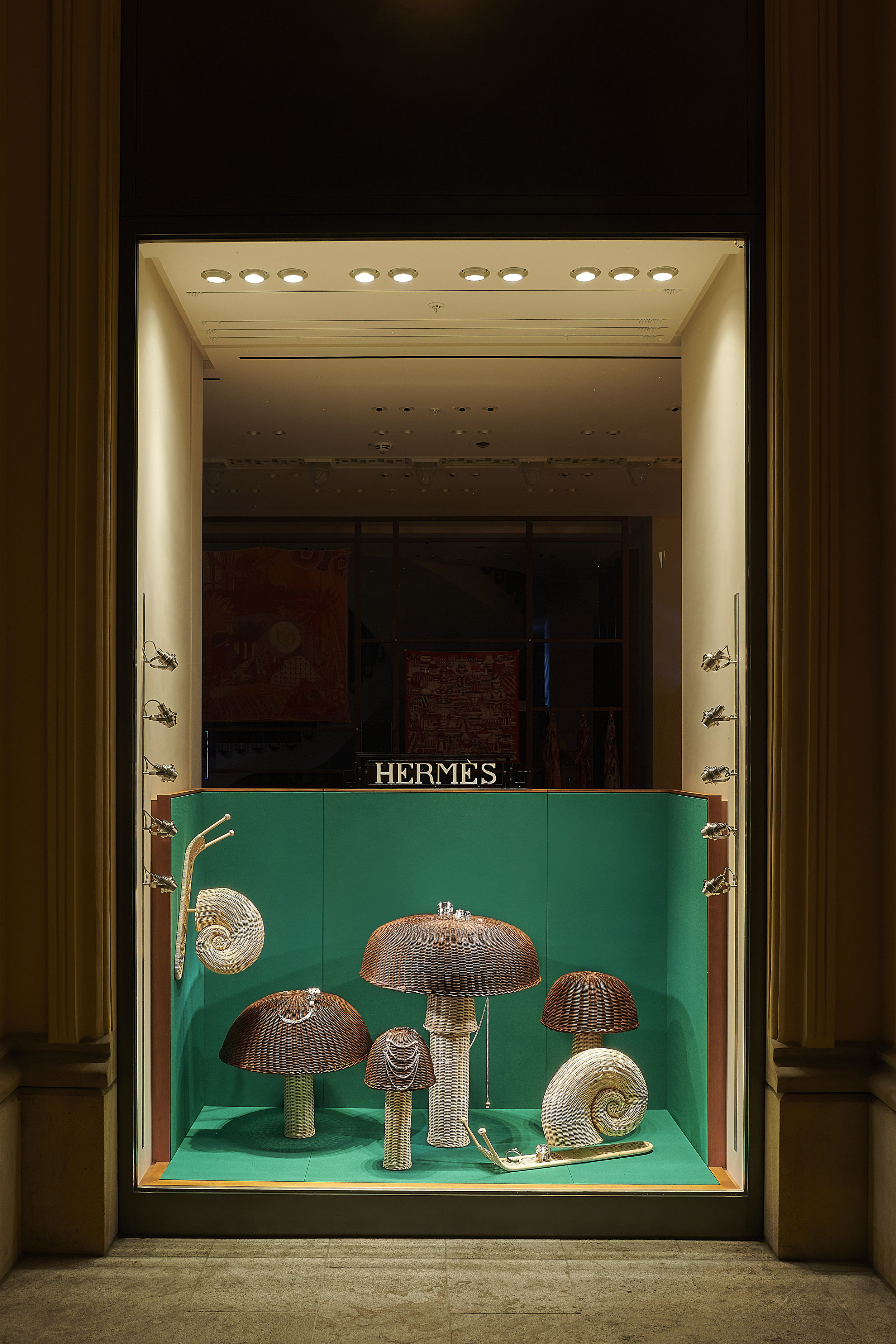 Hermes Window 3_2019 ©Kilian Bishop (2).jpg