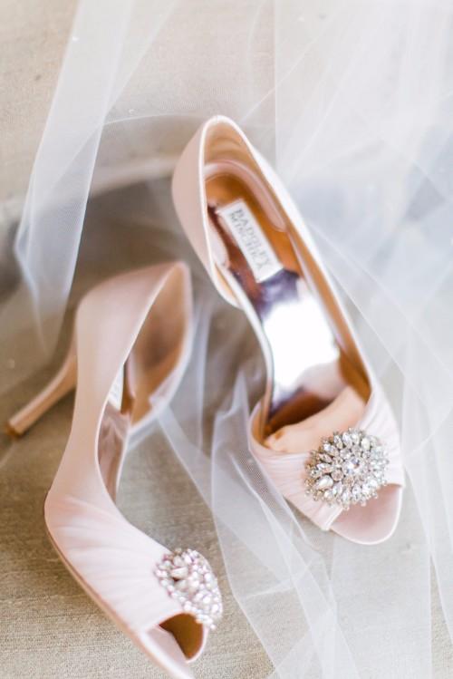 +Monarch+Beach+Wedding+-+Badgley+Mischka+Pink+Shoes
